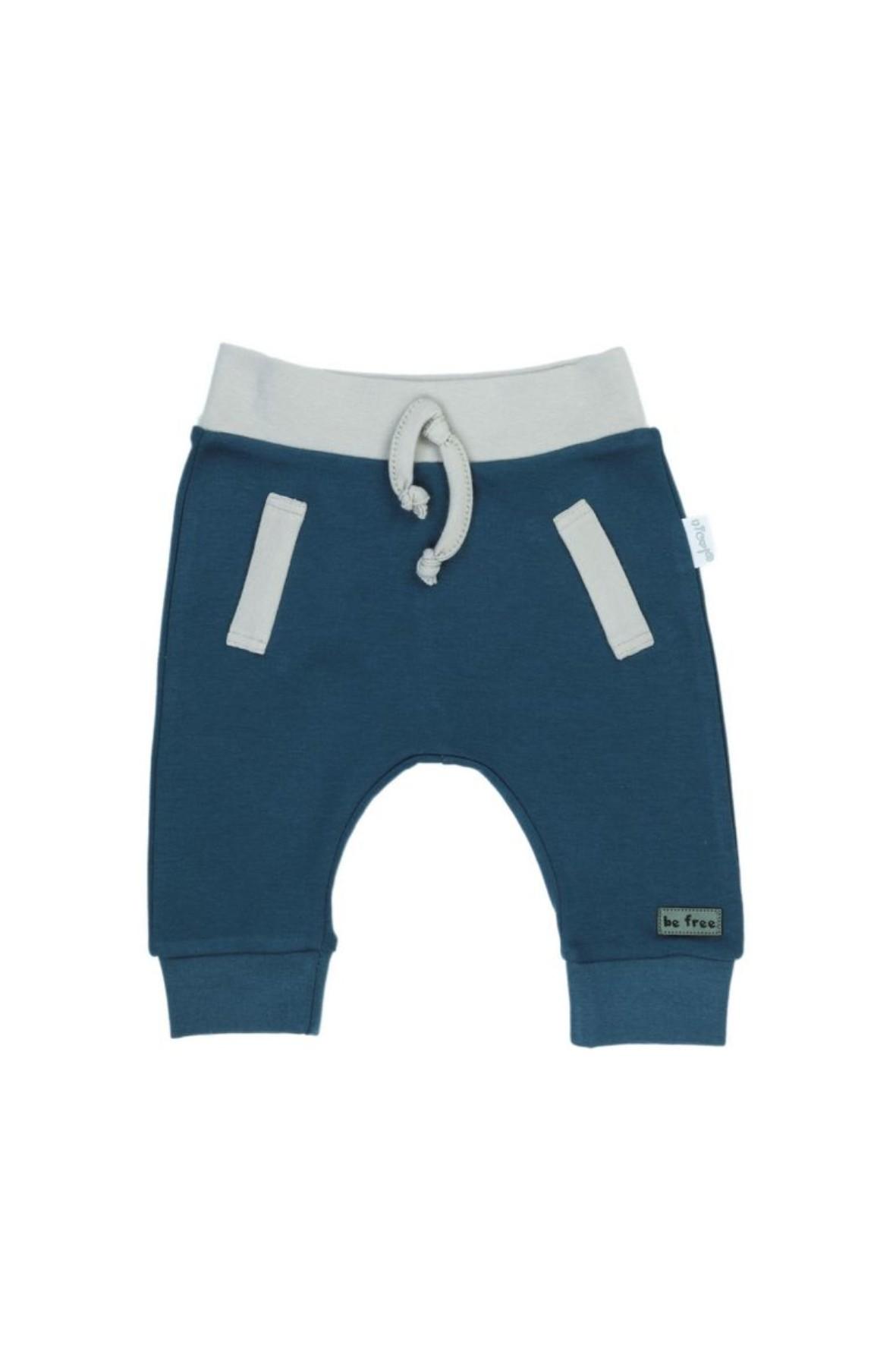 Spodnie dresowe dla chłopca w morskim kolorze