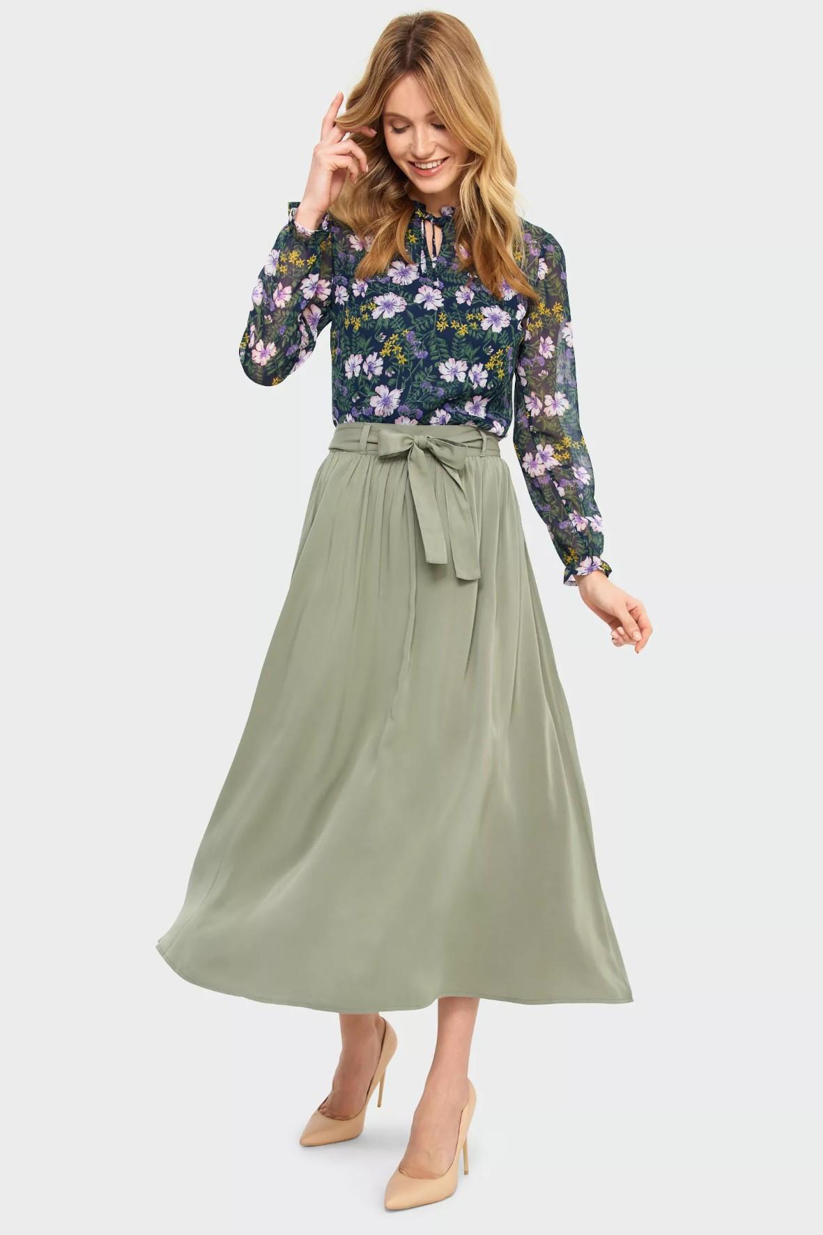 Bluzka damska z kwiecistym wzorem- długi rękaw