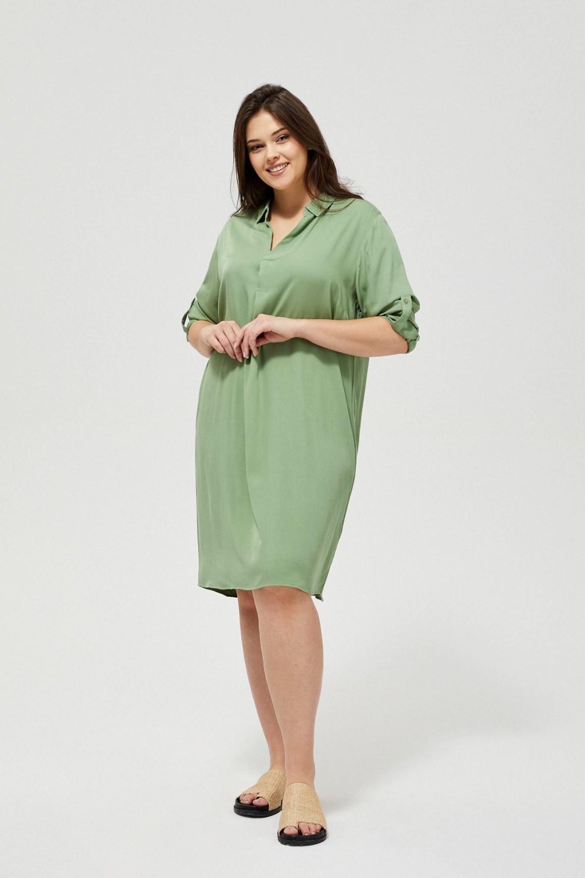Koszulowa sukienka damska w oliwkowym kolorze