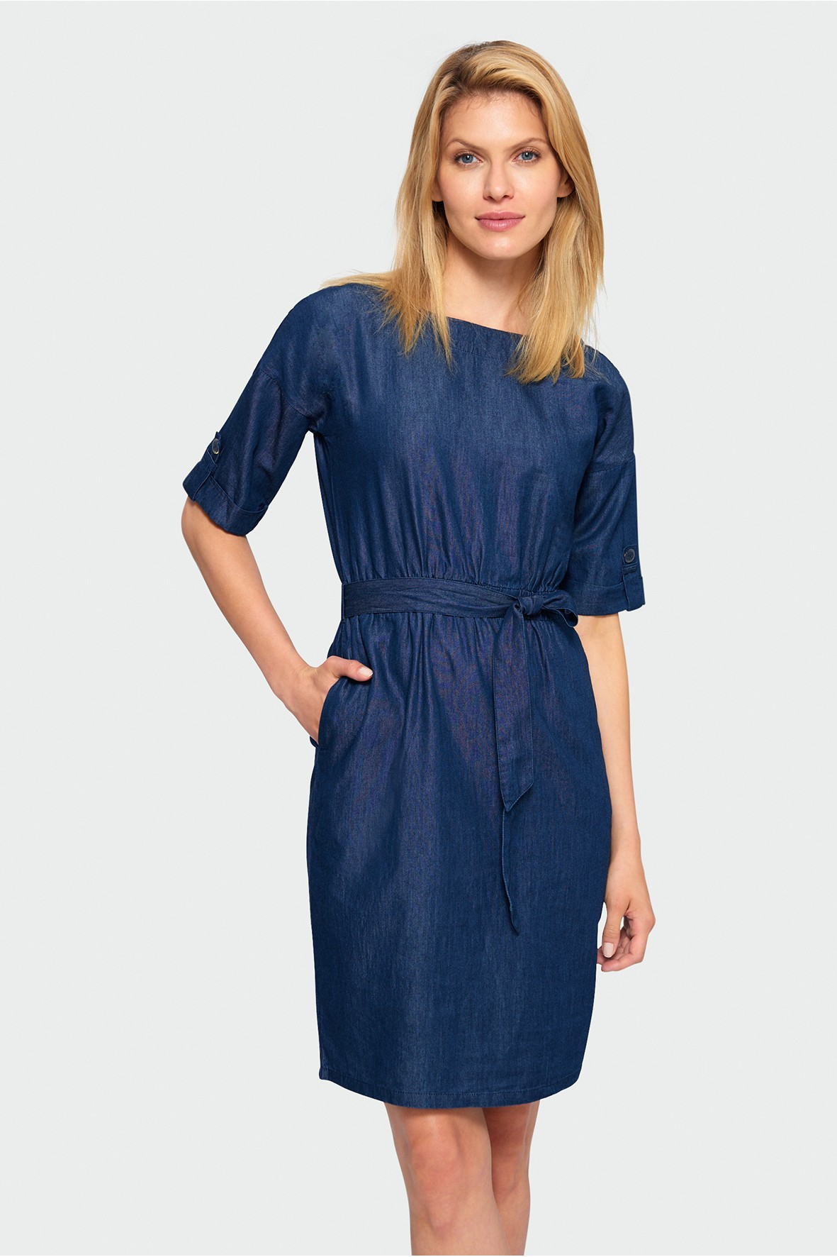 Sukienka z lyocellu- granatowa