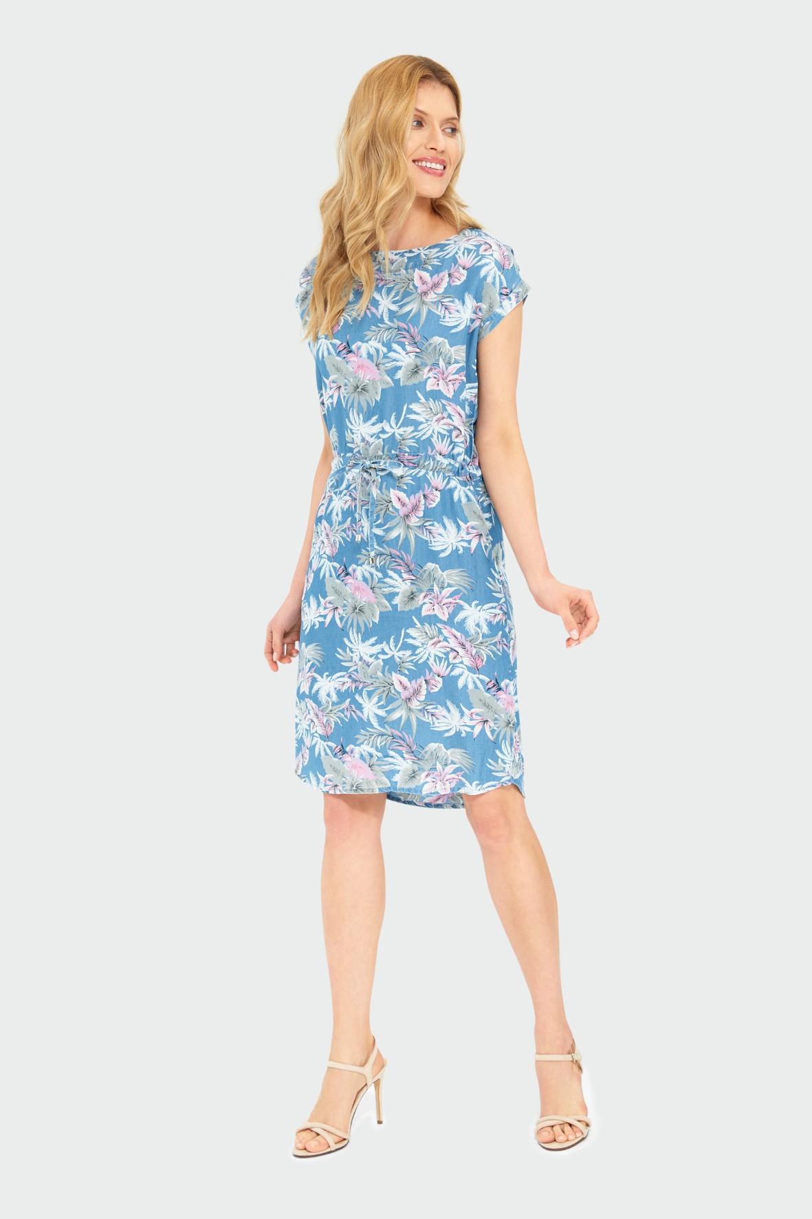 Niebieska sukienka o luźnym kroju z roślinnym nadrukiem z lyocellu