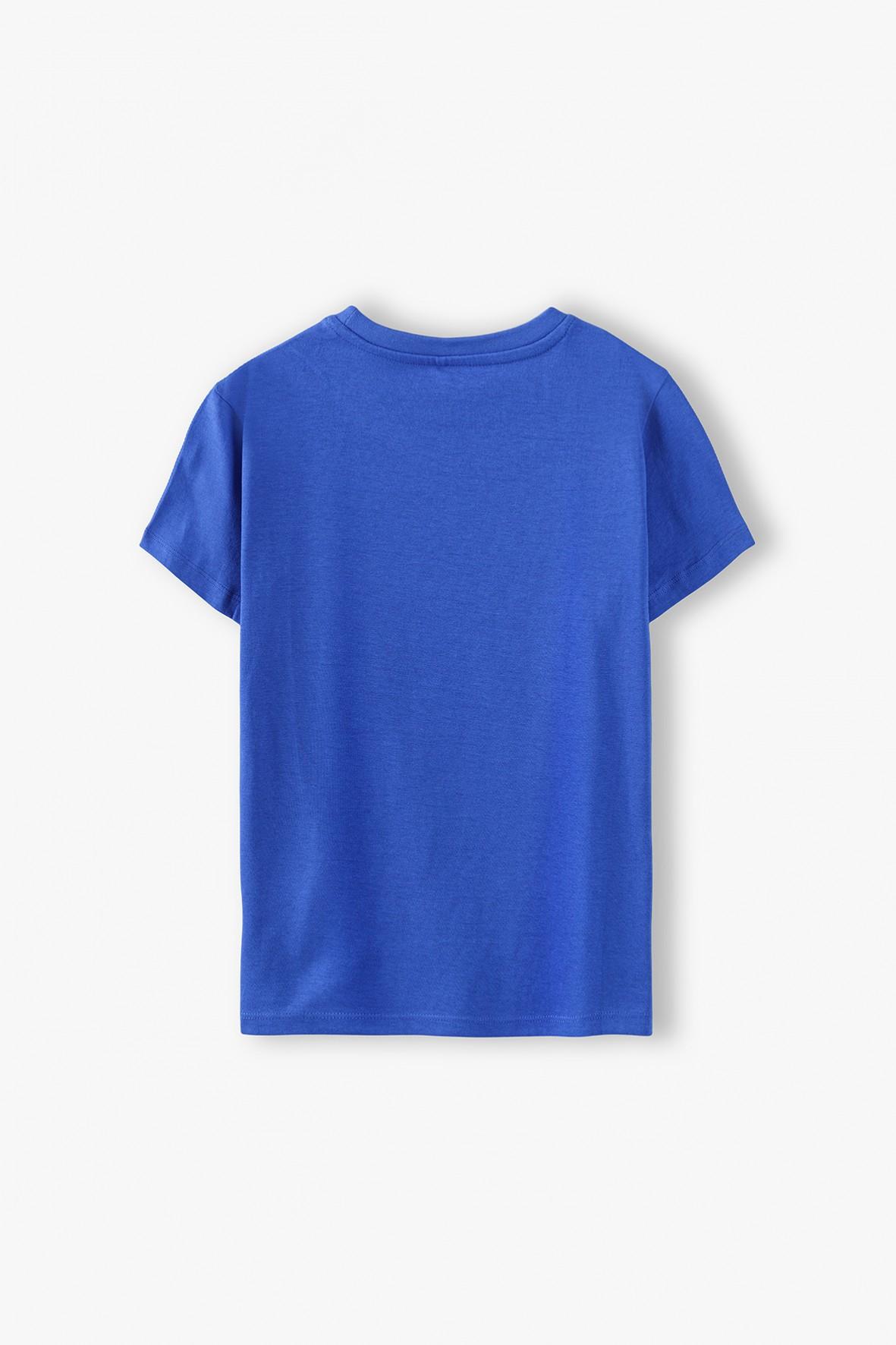 T-shirt chłopięcy w kolorze granatowym z nadrukiem