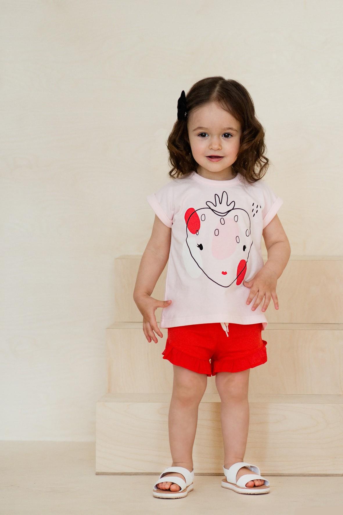 Spodenki dziewczęce z ozdobną falbanką czerwone