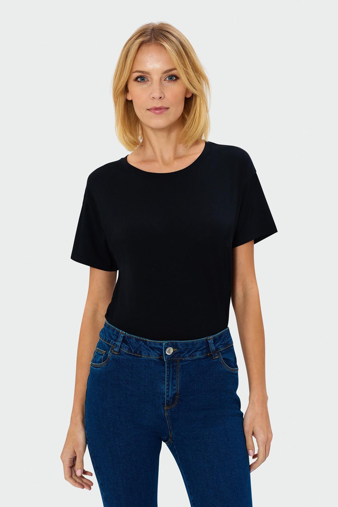 T-shirt oversize'owy czarny dla kobiety