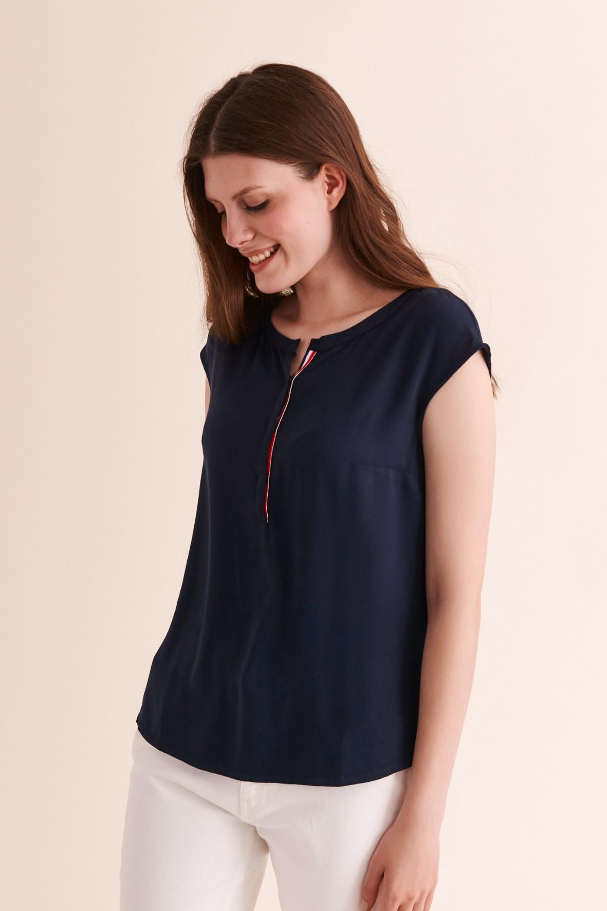 Granatowa bluzka damska