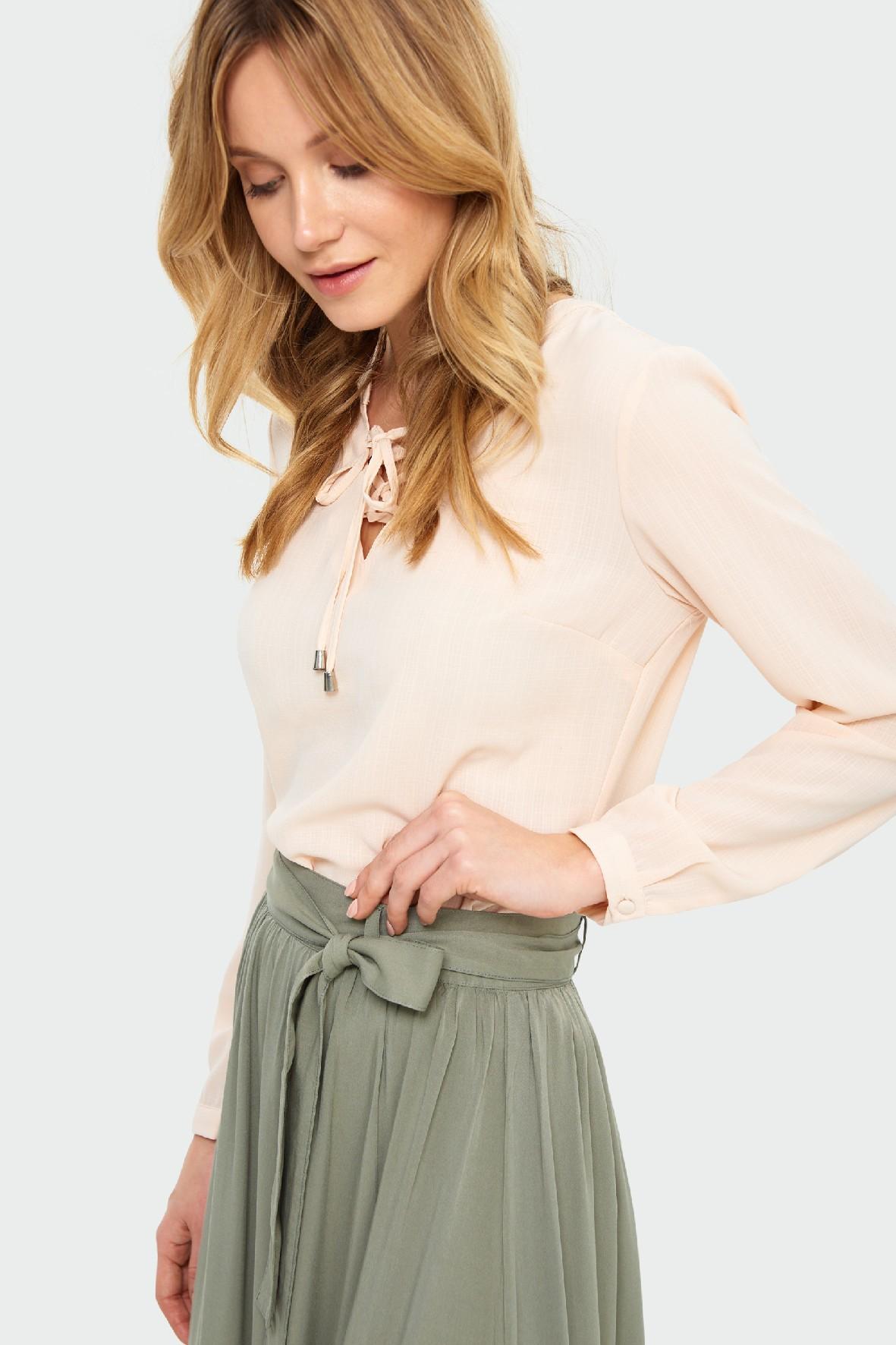 Bluzka damska kremowa z wiązaniem u góry