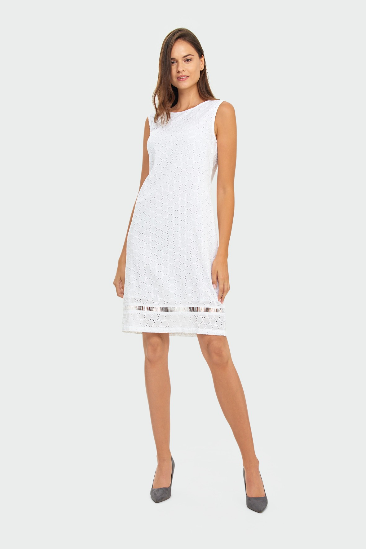 Biała bawełniana sukienka damska z haftowanej tkaniny