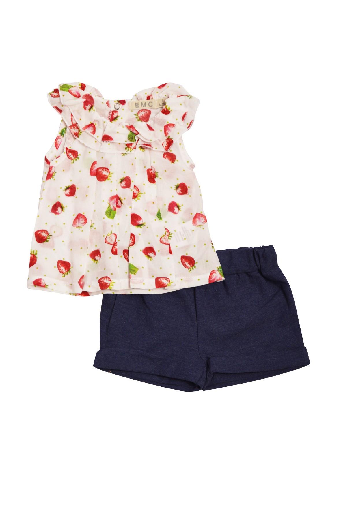 Komplet dziewczęcych ubrań w truskawki