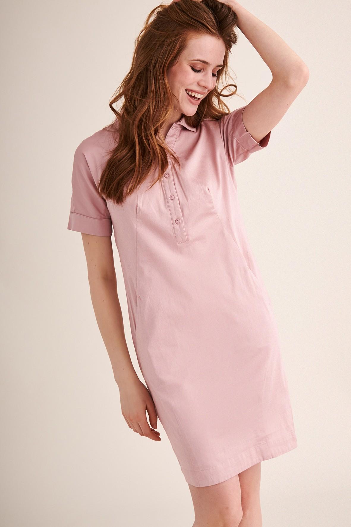 Różowa sukienka z kołnierzykiem- mini
