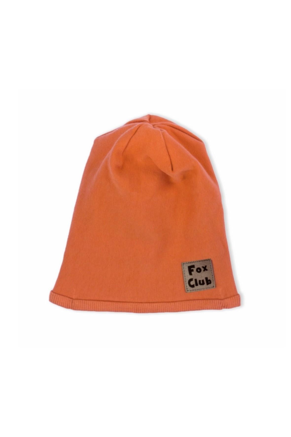 Praktyczna czapka uszyta z wysokogatunkowej bawełny dresowejw kolorze rudym Fox Club