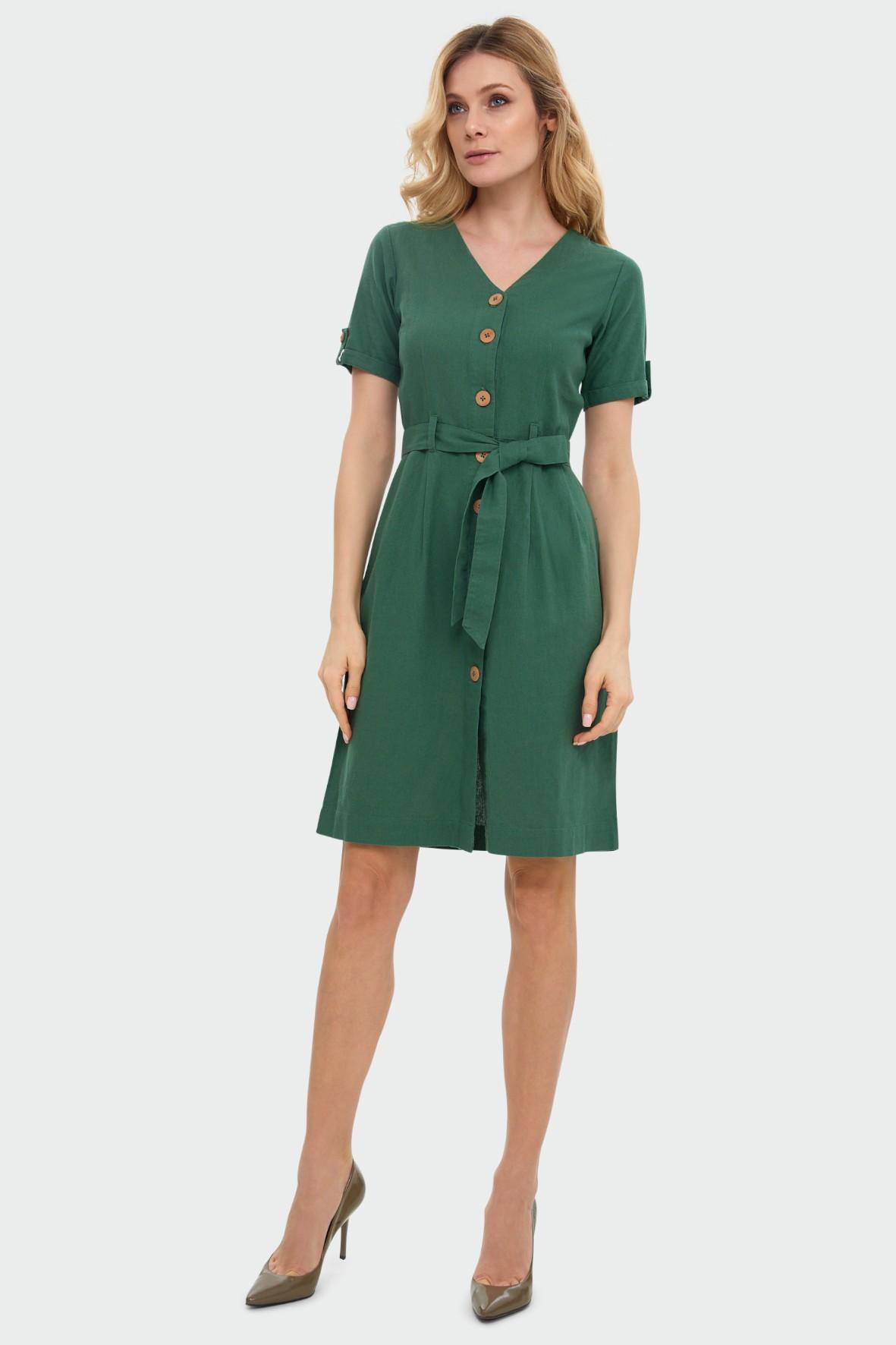 Lniana zielona sukienka typu szmizjerka podkreślona talia