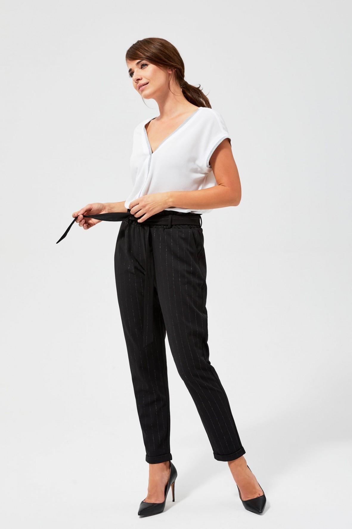 Spodnie damskie- czarne w metaliczne prążki