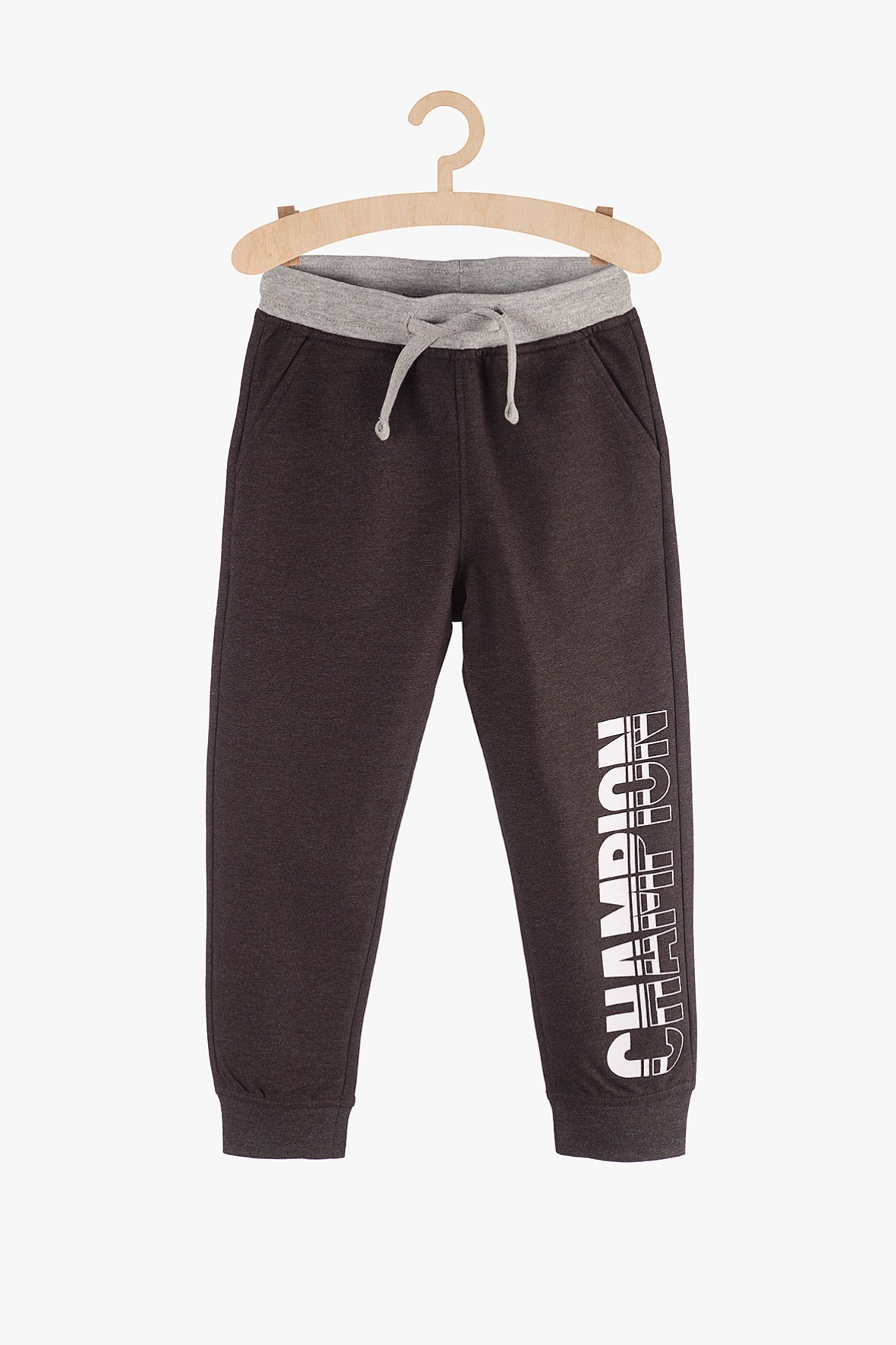 Spodnie chłopięce czarne z napisem Champion