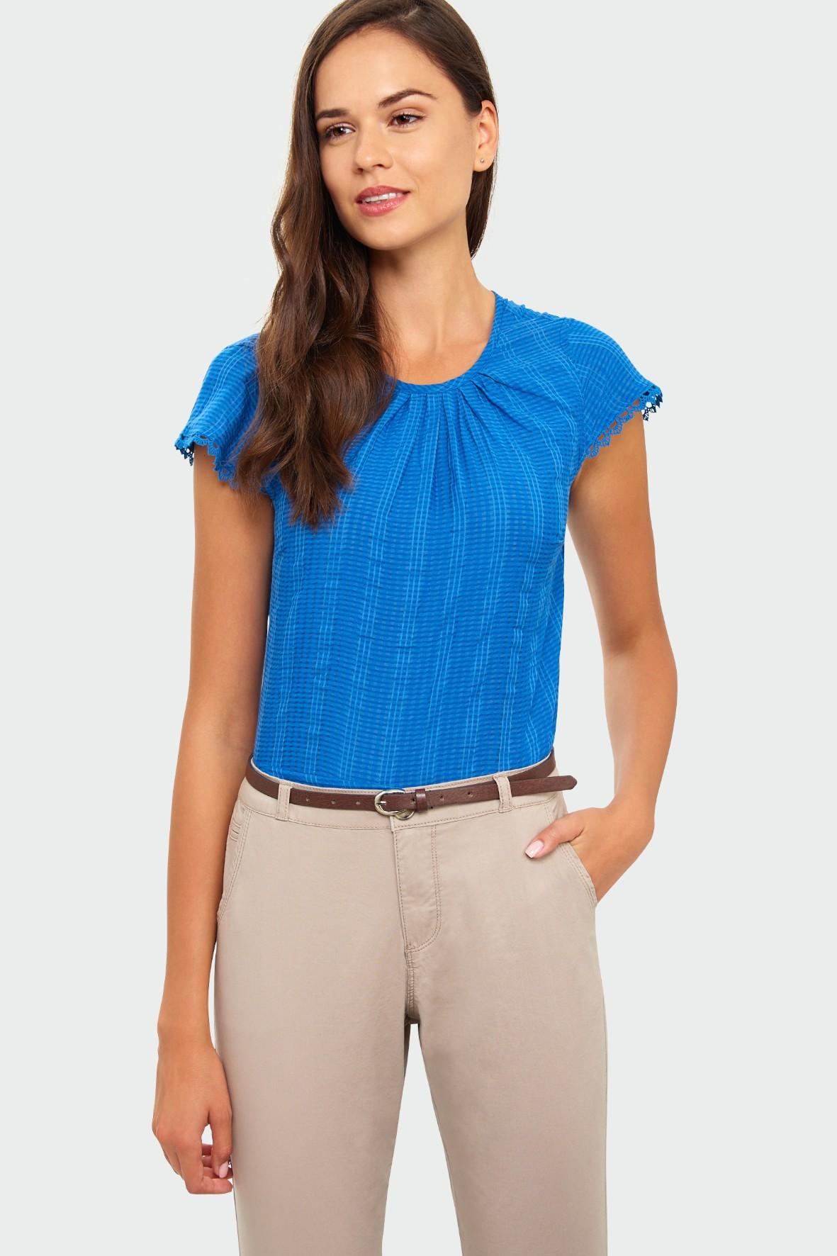 Elegancka bluzka z marszczeniem przy dekolcie