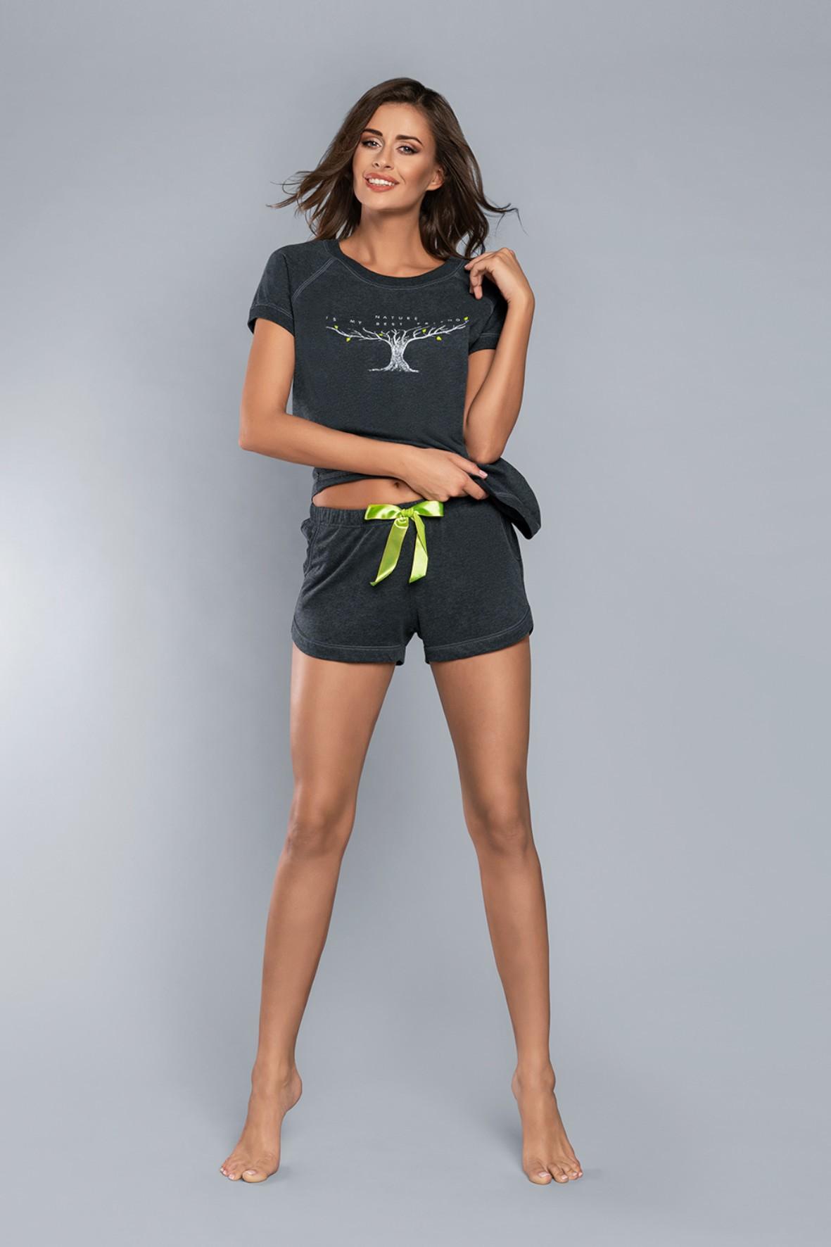 Dwuczęściowa piżama damska - t-shirt na krótki rękaw i krótkie spodenki