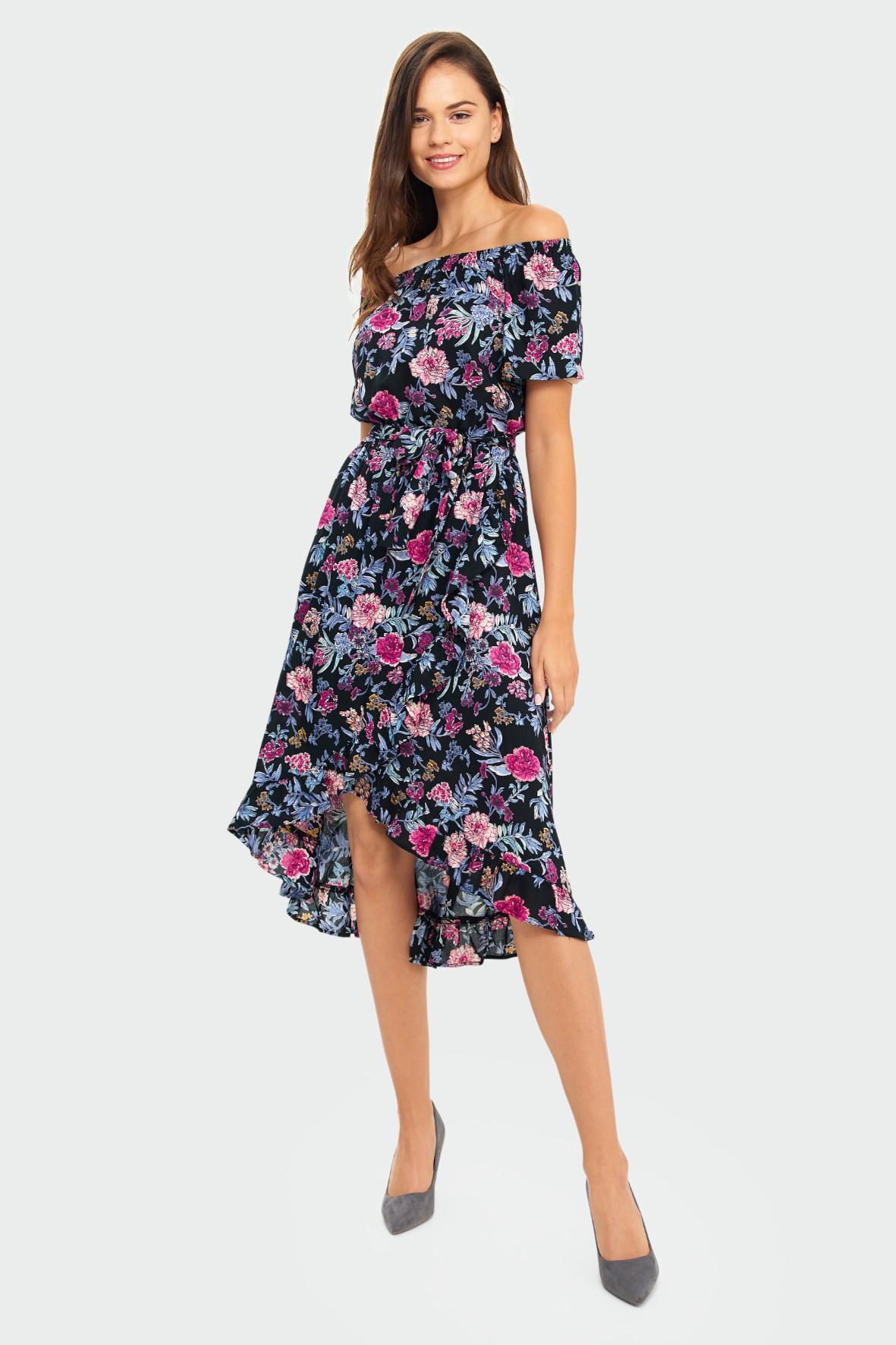 Wiskozowa sukienka z kwiatowym nadrukiem typu hiszpanka