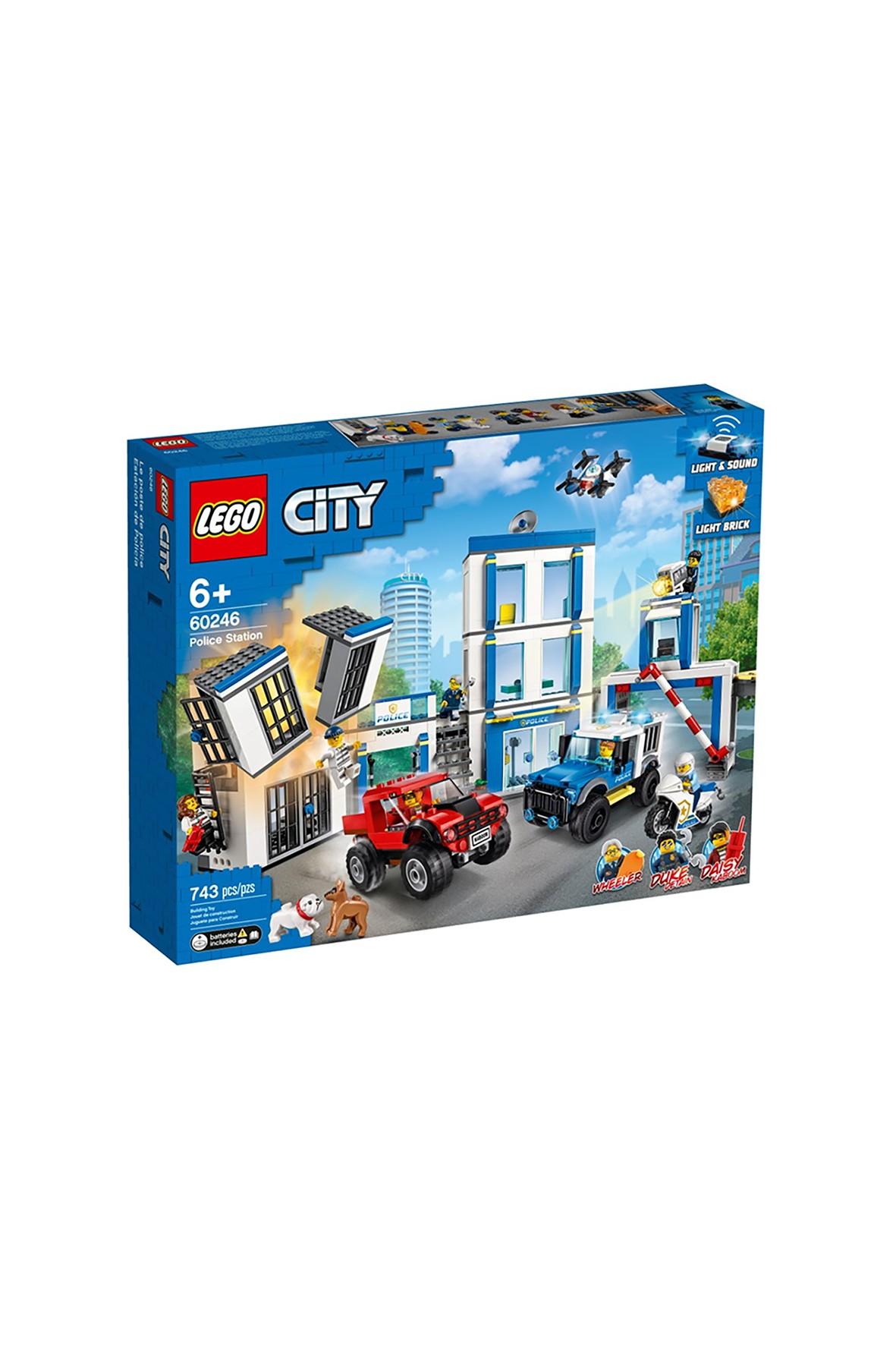 LEGO® City Posterunek policji 60246 wiek 6+