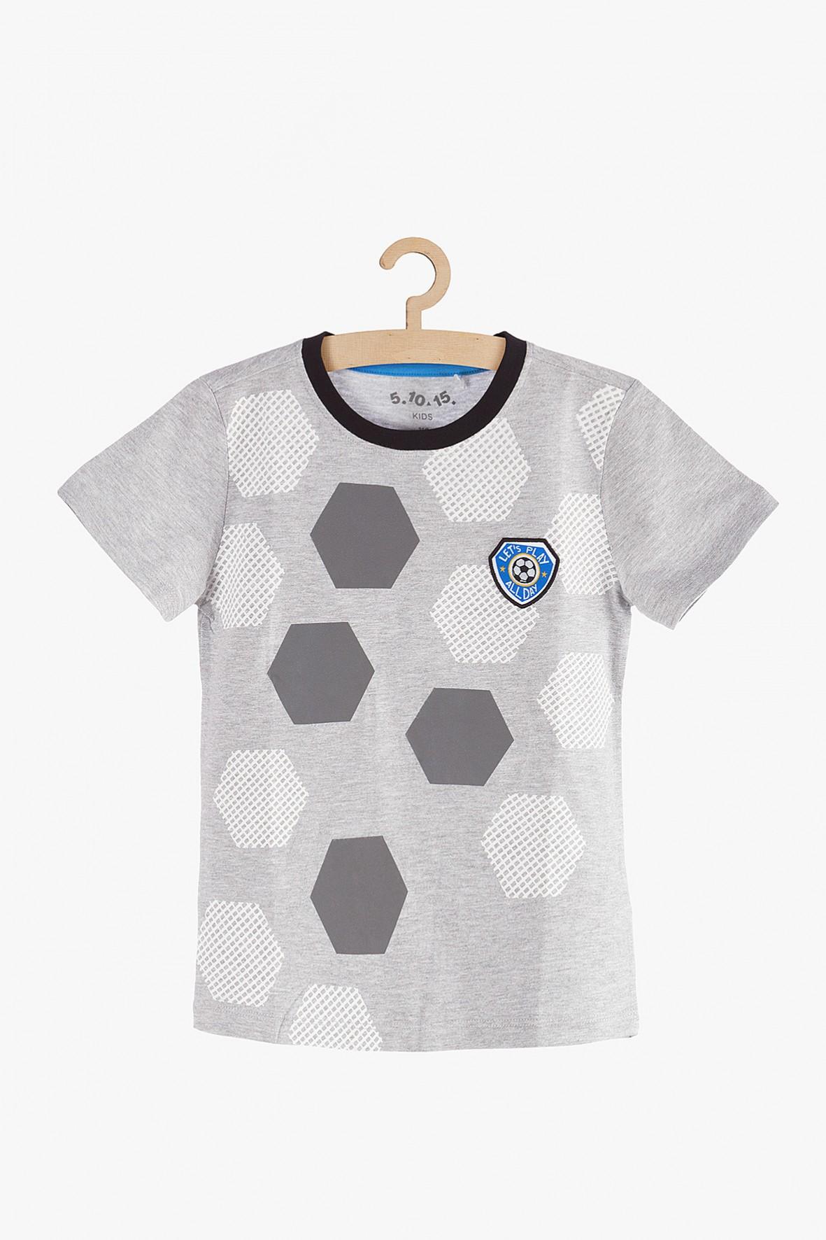 T-shirt chłopięcy szary z piłkarskim motywem