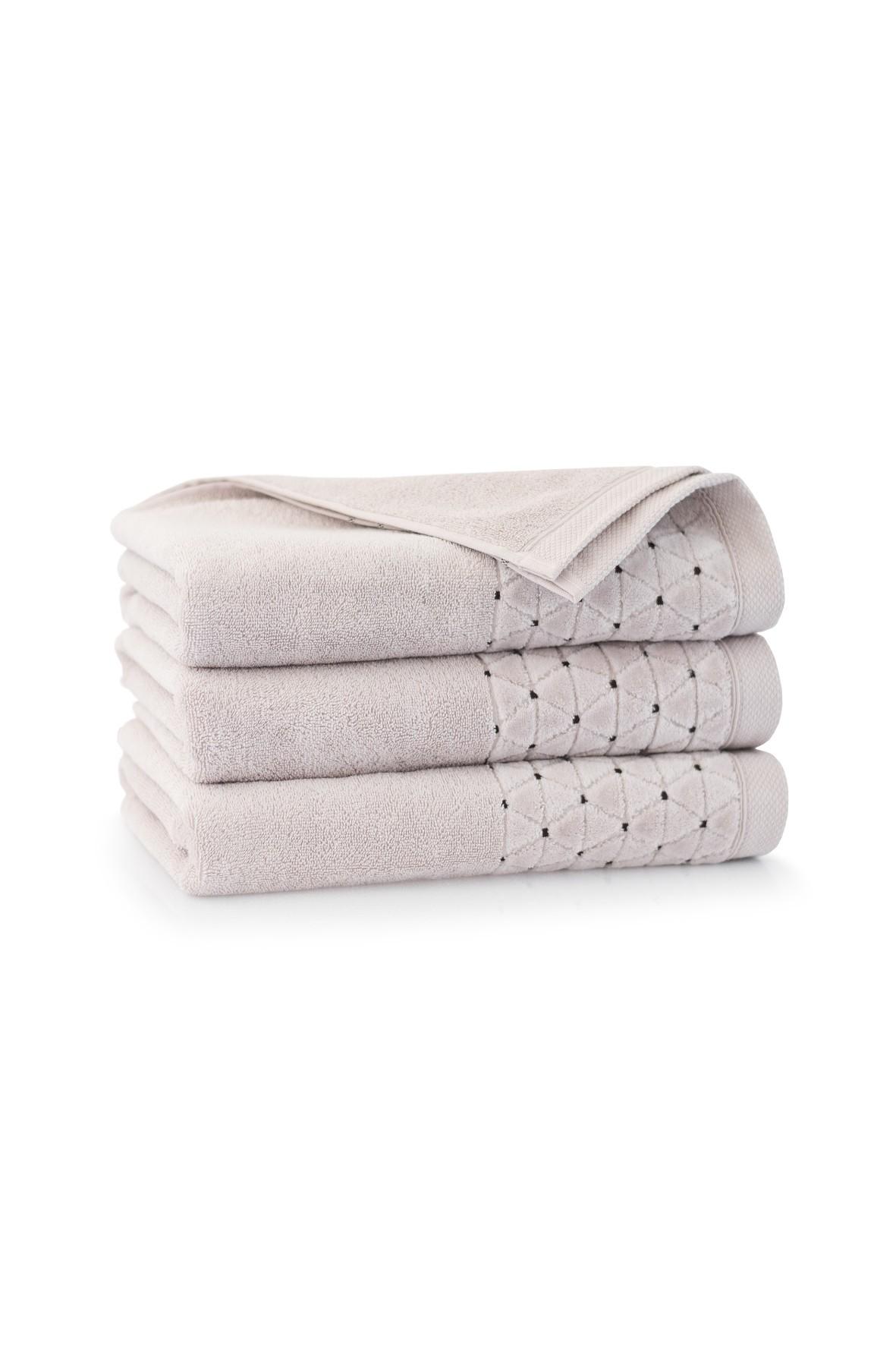 Ręcznik antybakteryjny Oscar z bawełny egipskiej - 50x100 cm