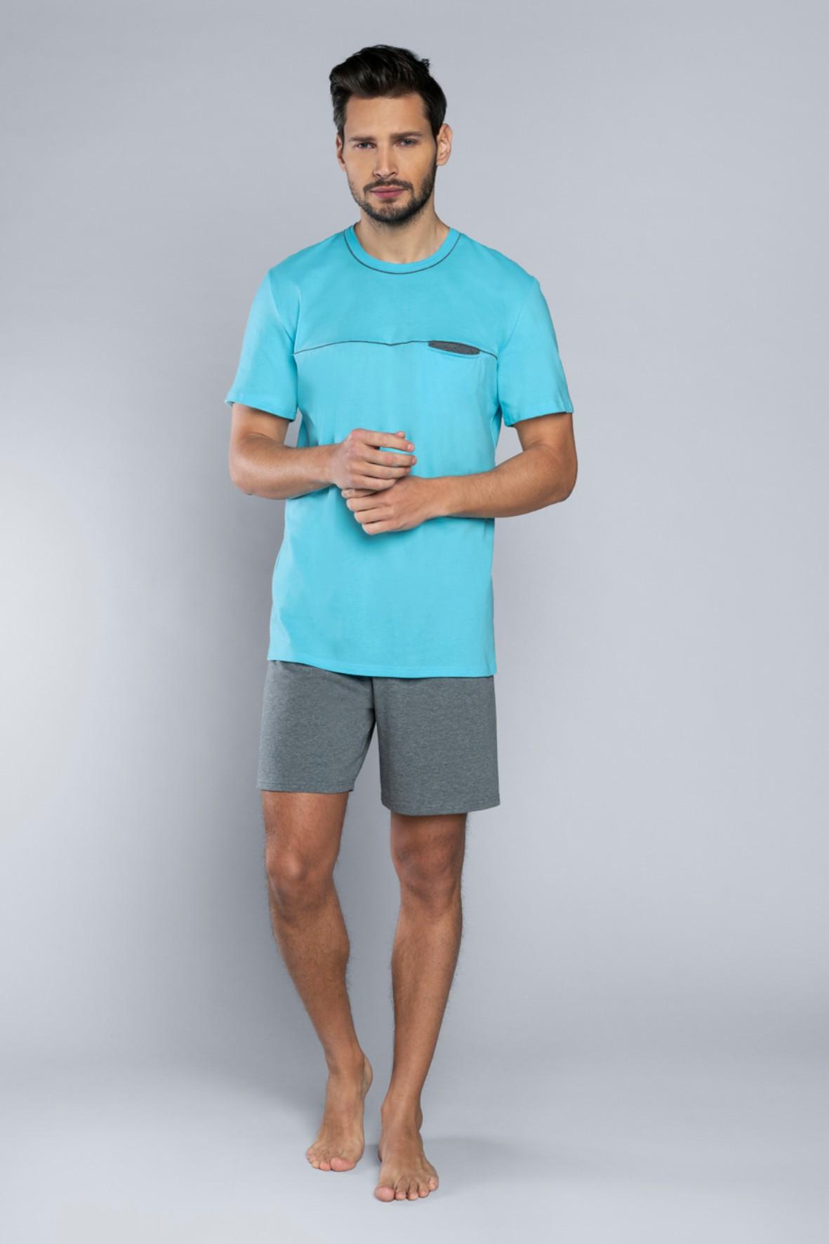Dwuczęściowa piżama męska - t-shirt i szare krótkie spodenki