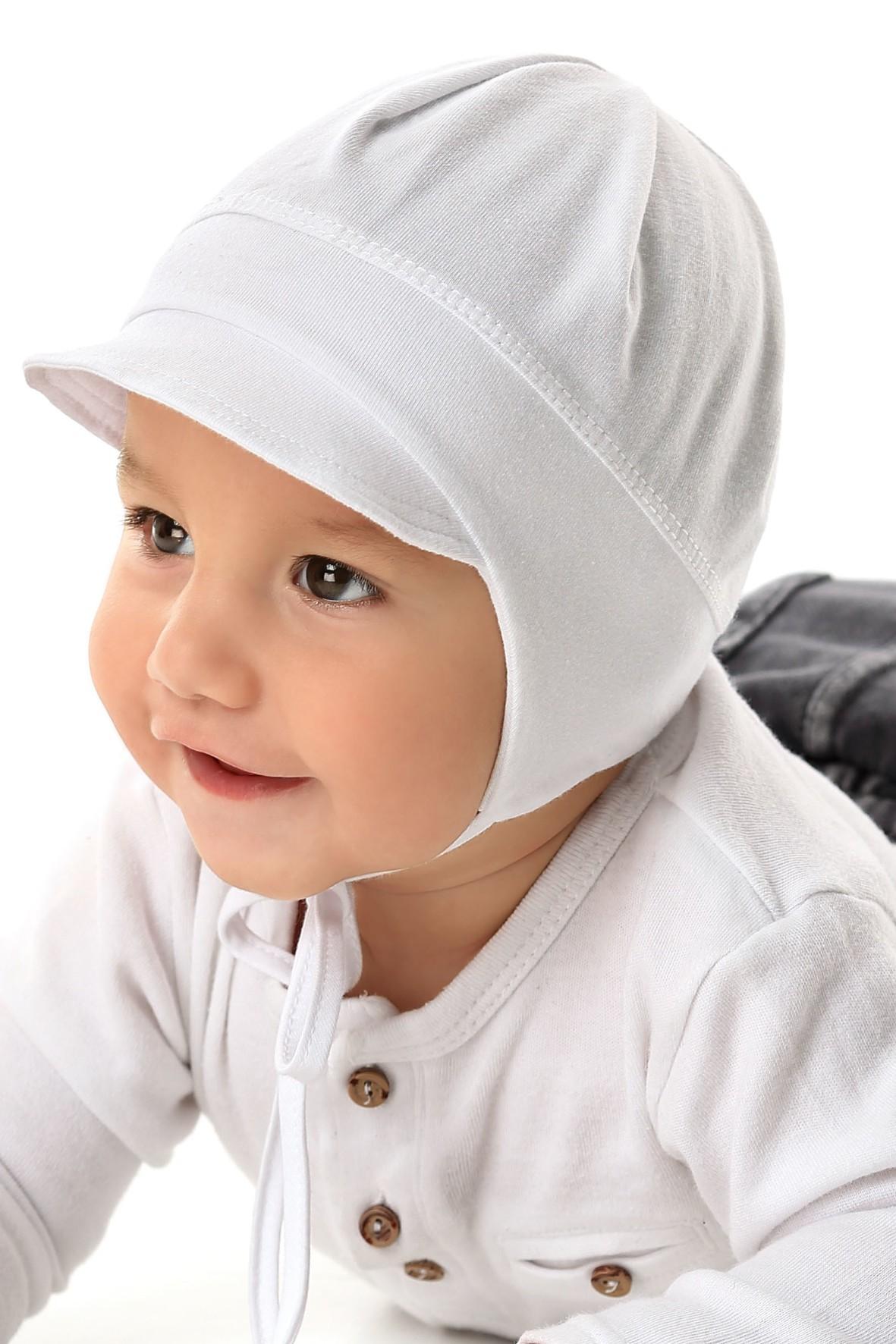 Czapka dziecięca z wiązaniem - biała