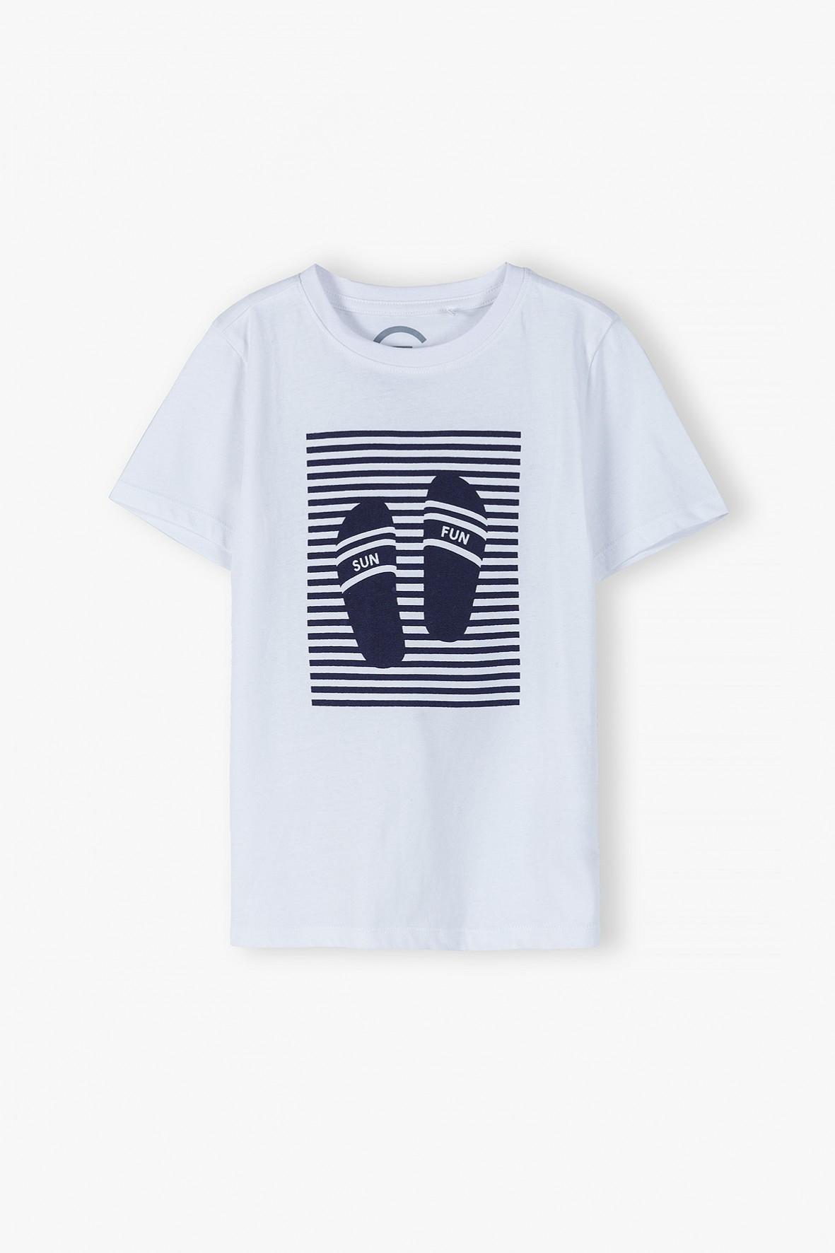 T-shirt chłopięcy z wakacyjnym motywem- ubrania dla całej rodziny