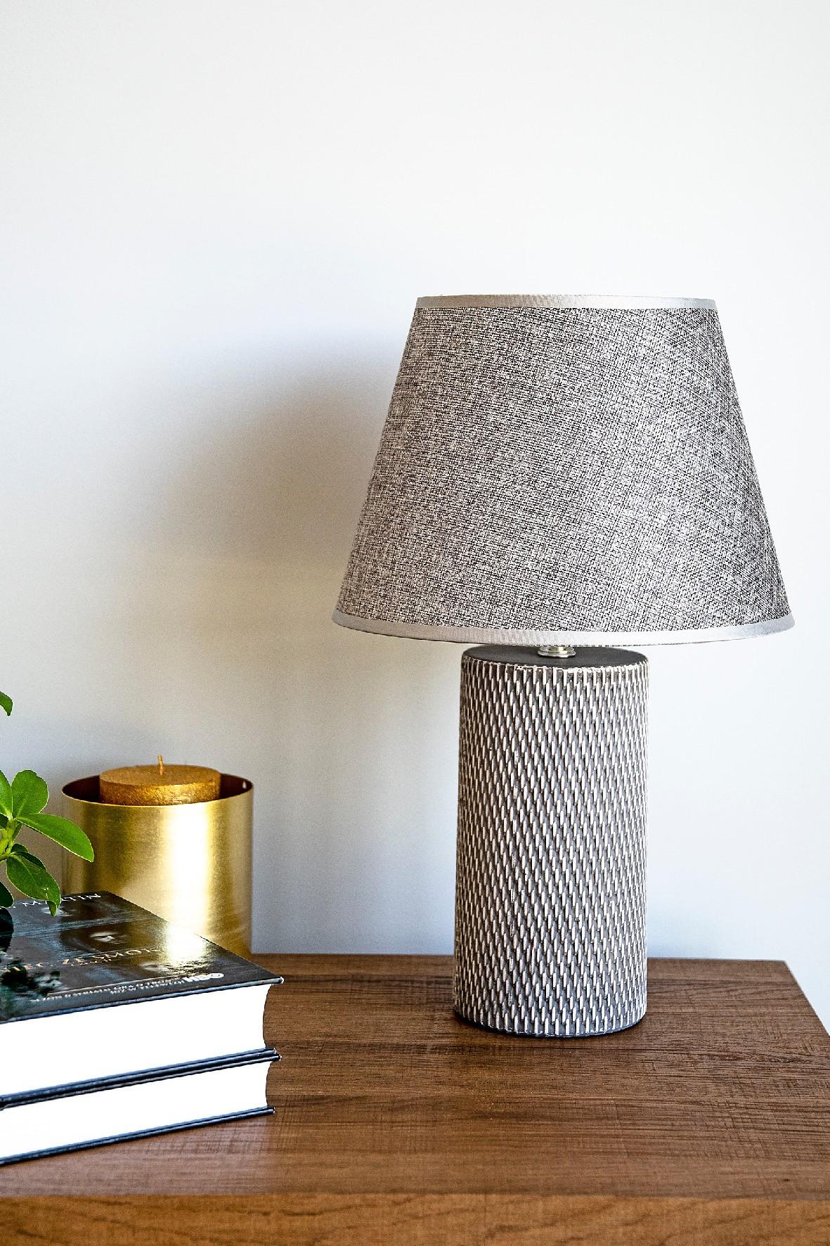 Lampa stołowa z podstawa ceramiczną NOLAN