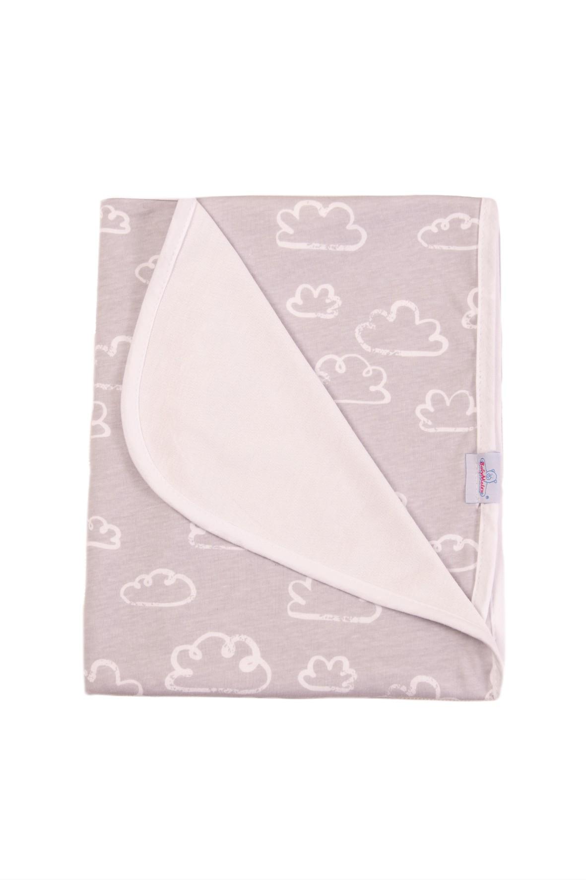 Dwustronny kocyk dla niemowlaka-różowy w chmurki 75x100cm