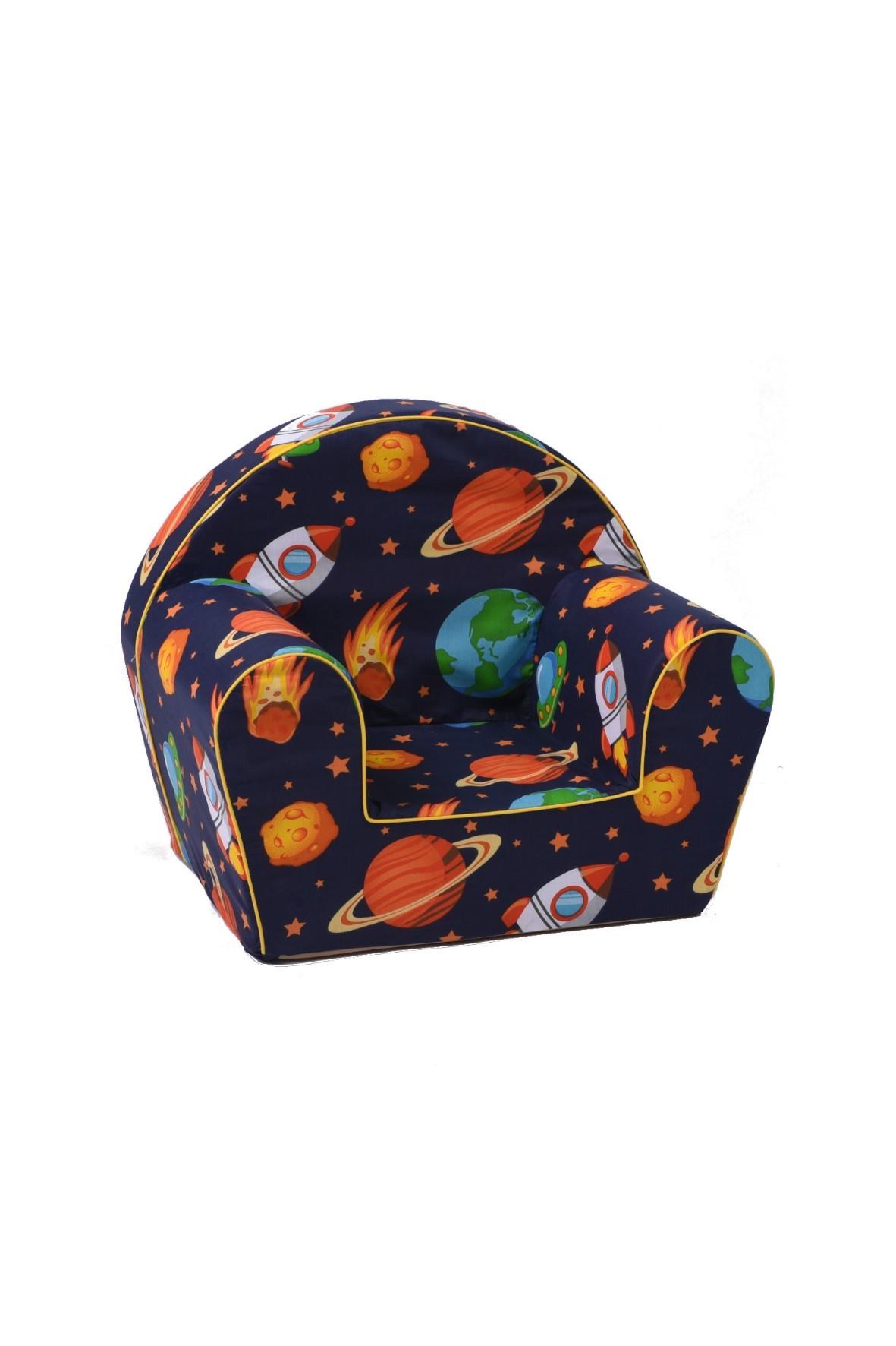 Granatowy fotelik w kosmos