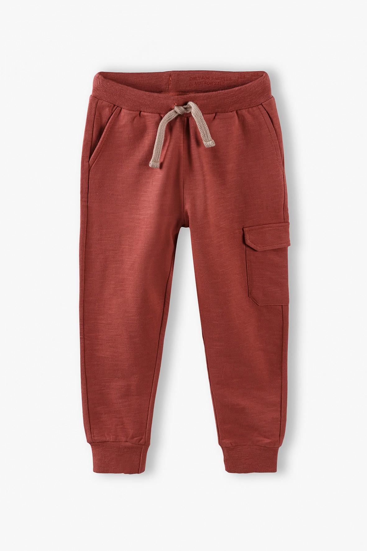 Spodnie dresowe chłopięce z kieszeniami