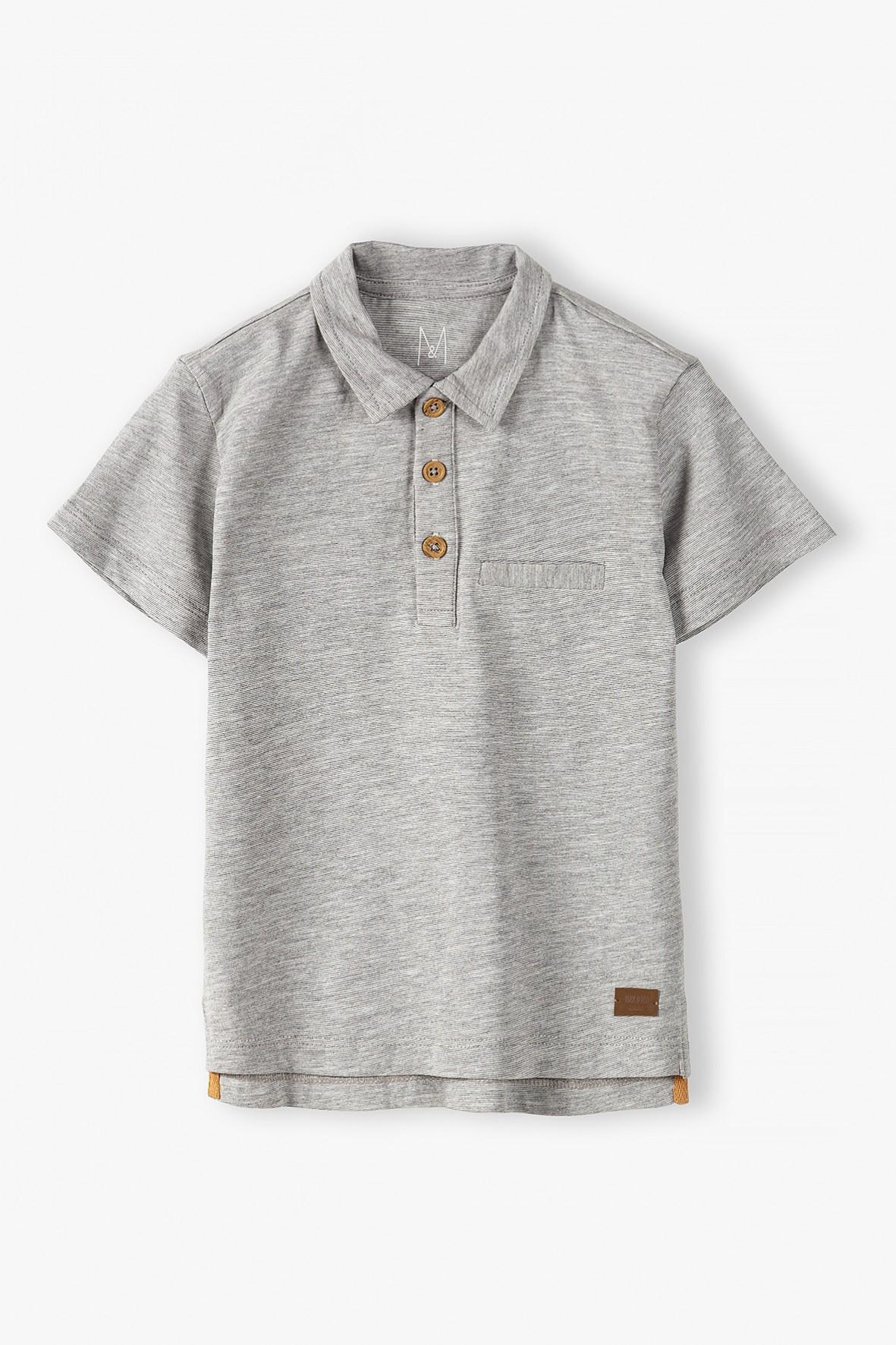 T-shirt chłopięcy w kolorze szarym z kołnierzykiem