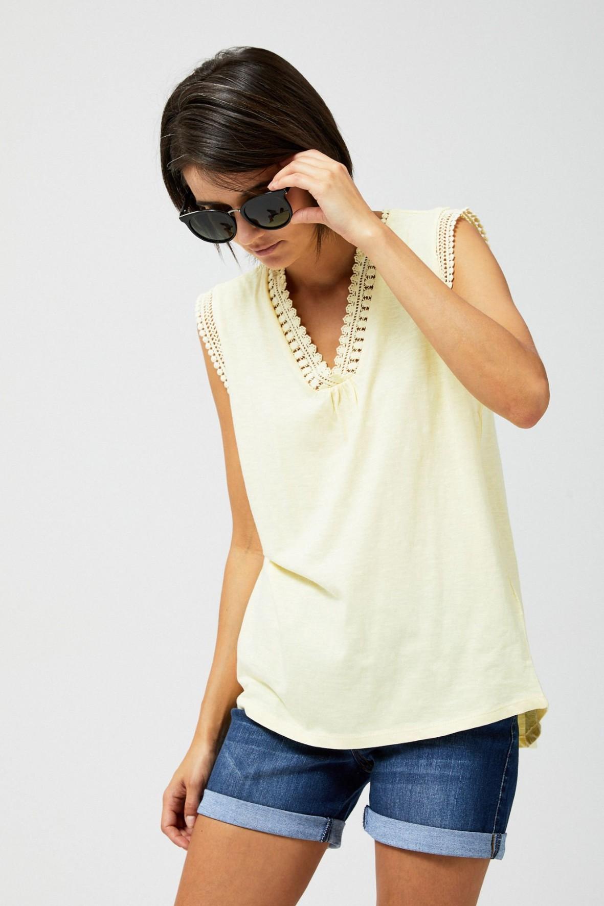 Bluzka damska bawełniana z koronką- żółta