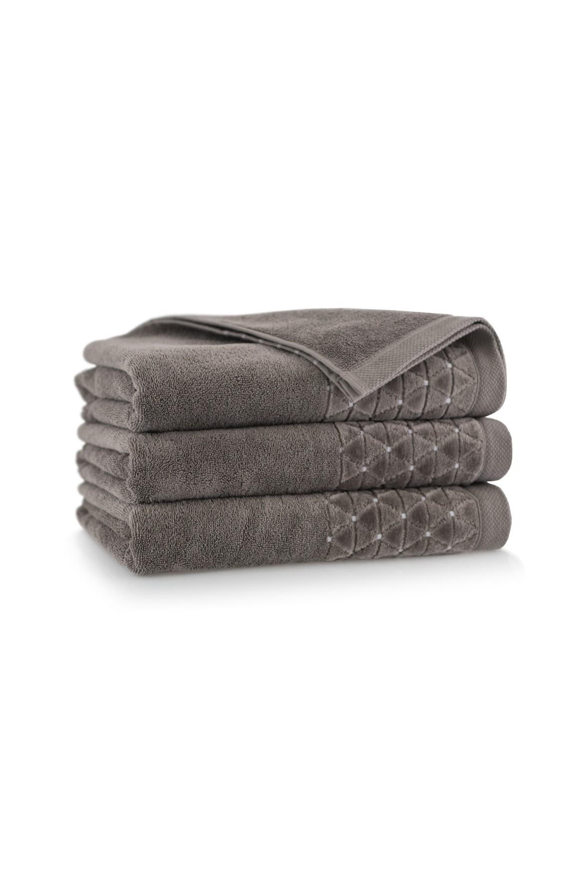 Ręcznik antybakteryjny Oscar z bawełny egipskiej sezam- 70x140 cm
