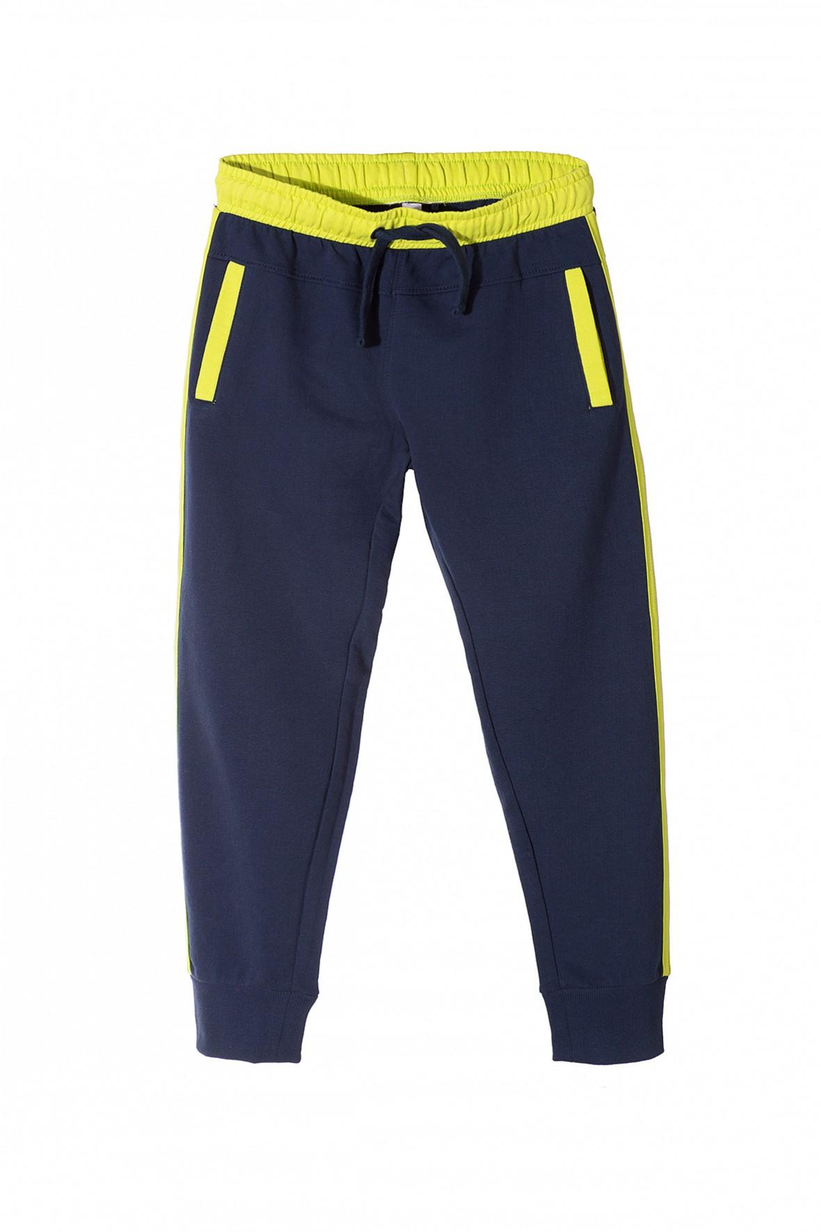 Spodnie dresowe chłopięce 2M3315