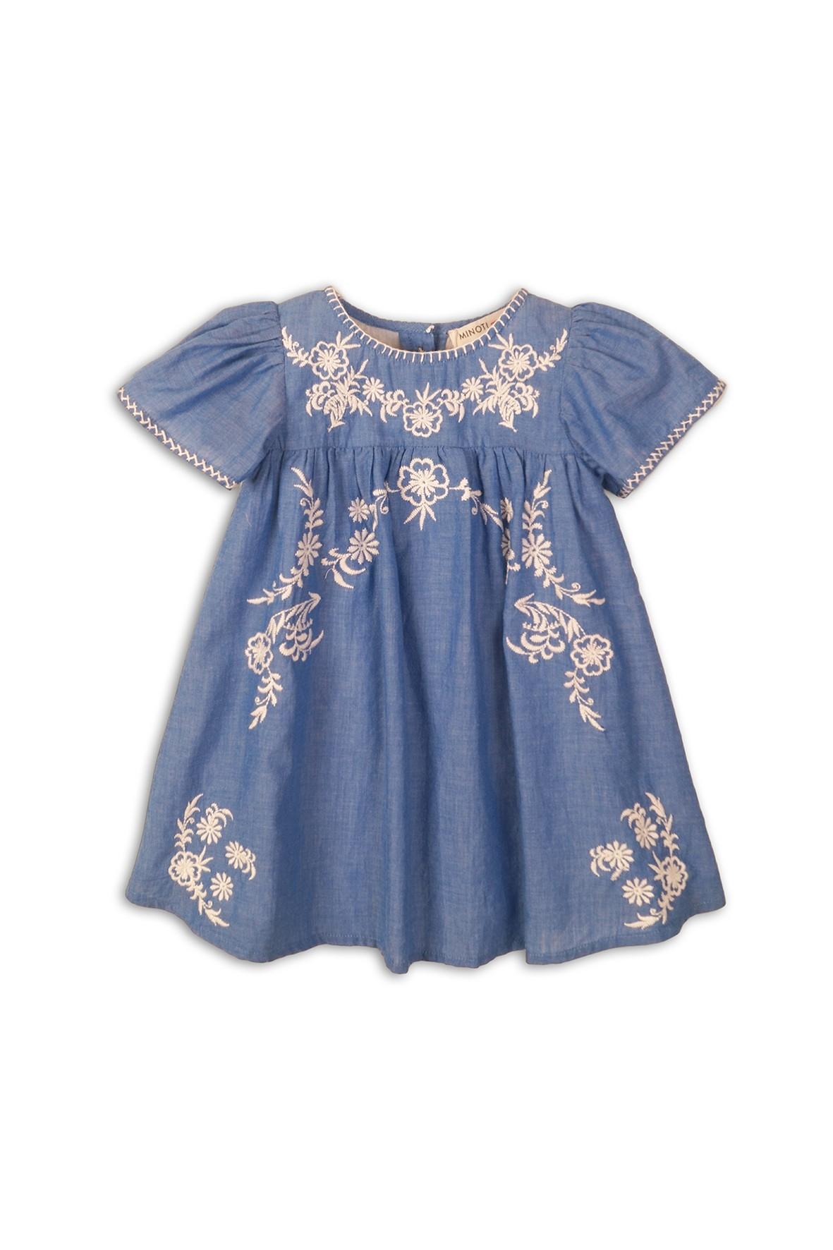 Sukienka niebieska z naszytymi wzorami