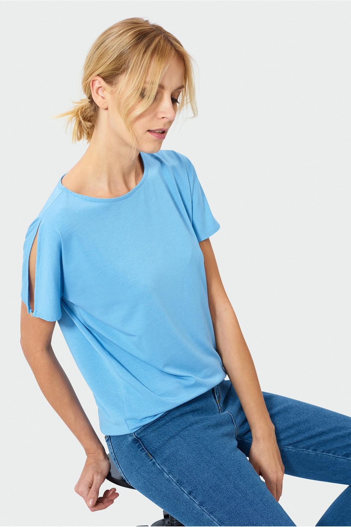 Luźny niebieski top z krótkim rękawem dla kobiety