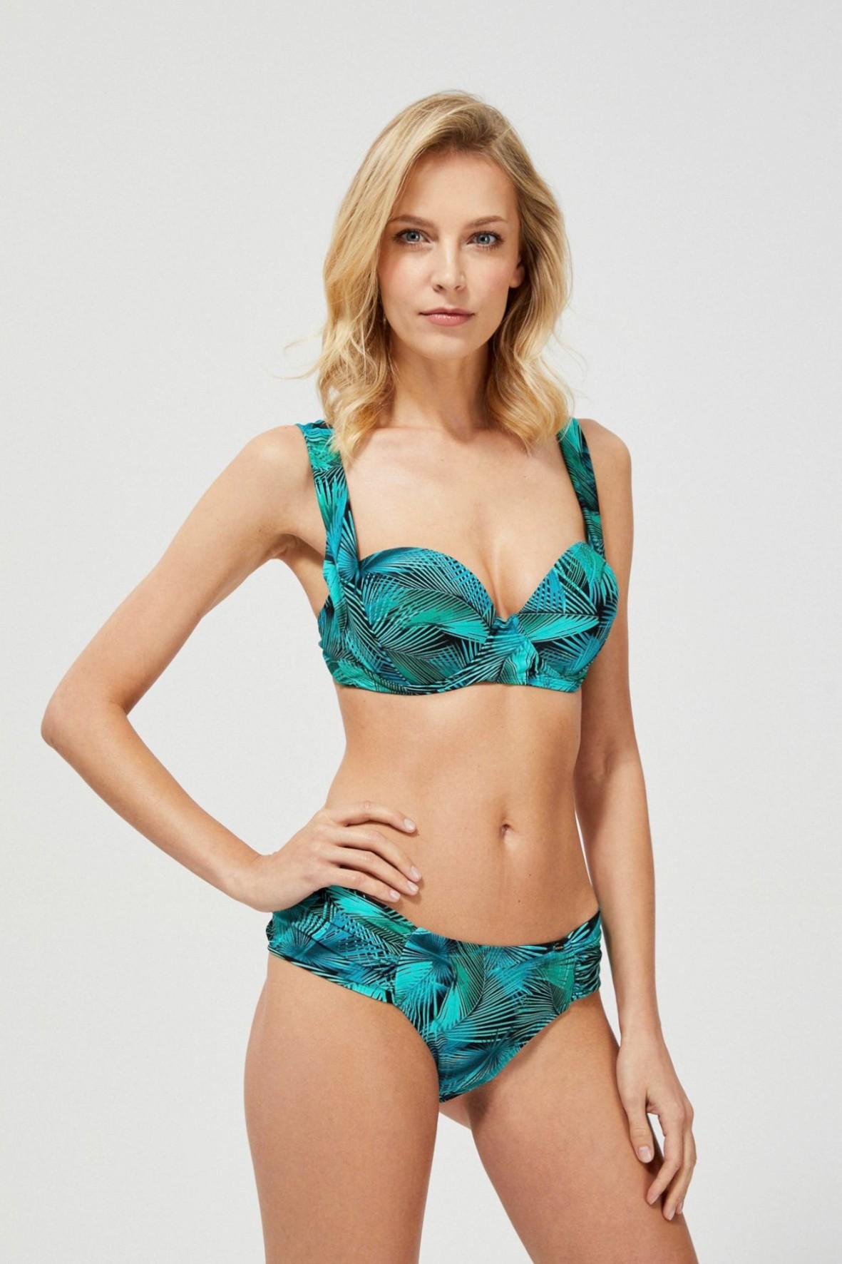 Niebieski dół od bikini z marszczeniem z palmami