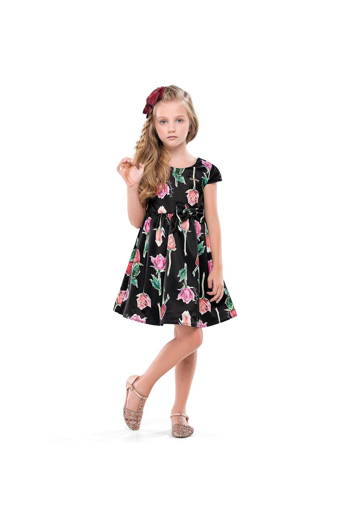 Elegancka sukienka dla dziewczynki w różyczki