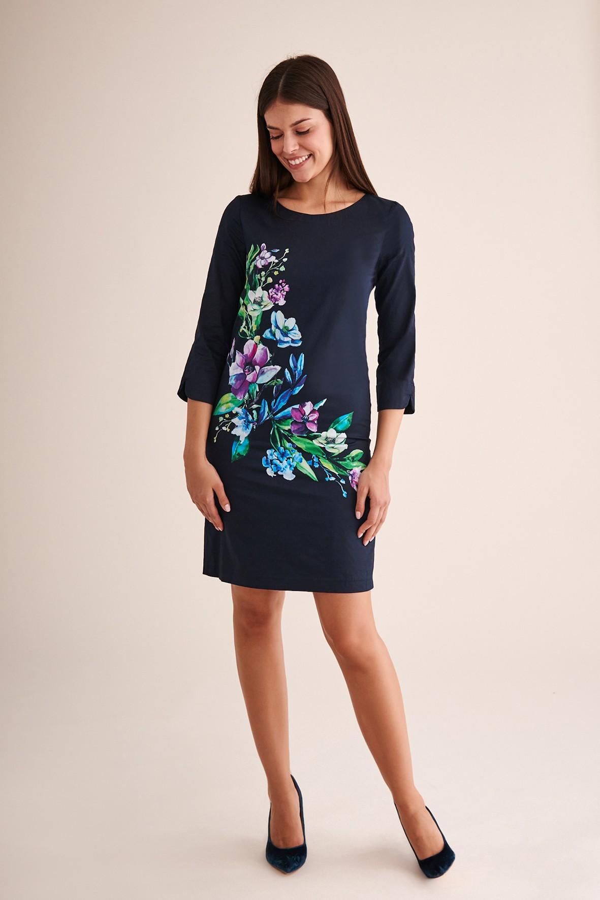 Granatowa sukienka z motywem kwiatowym- midi