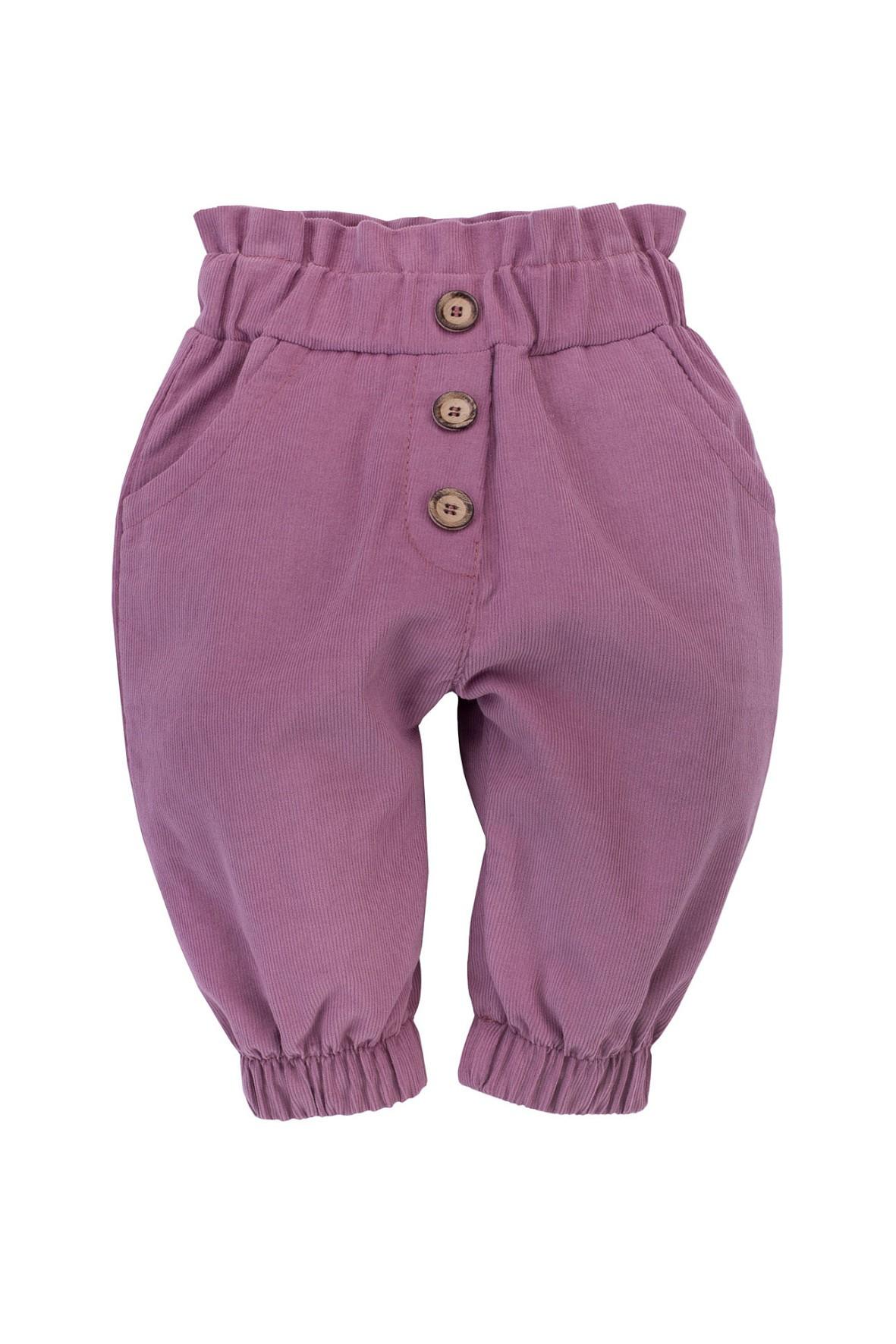 Wygodne spodnie z cienkiego sztruksu, z ozdobnymi guzikami