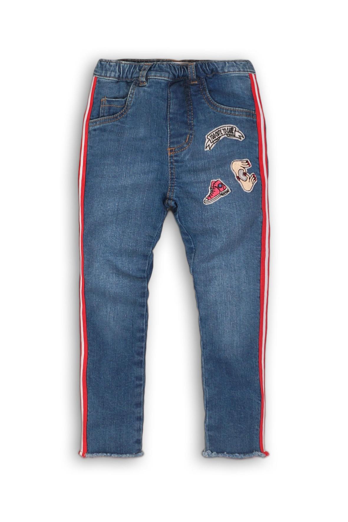 Spodnie jeansowe dla dziewczynki- niebieskie z lampasami i naszywkami