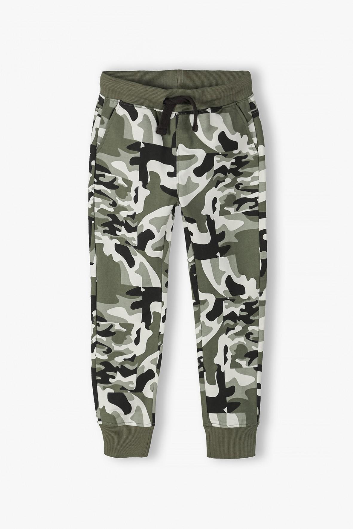 Spodnie dresowe chłopięce w moro