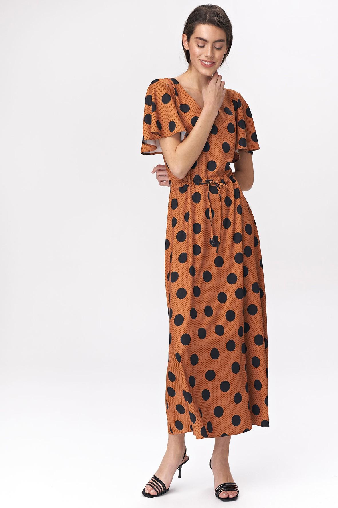 Karmelowa sukienka damska w grochy- maxi