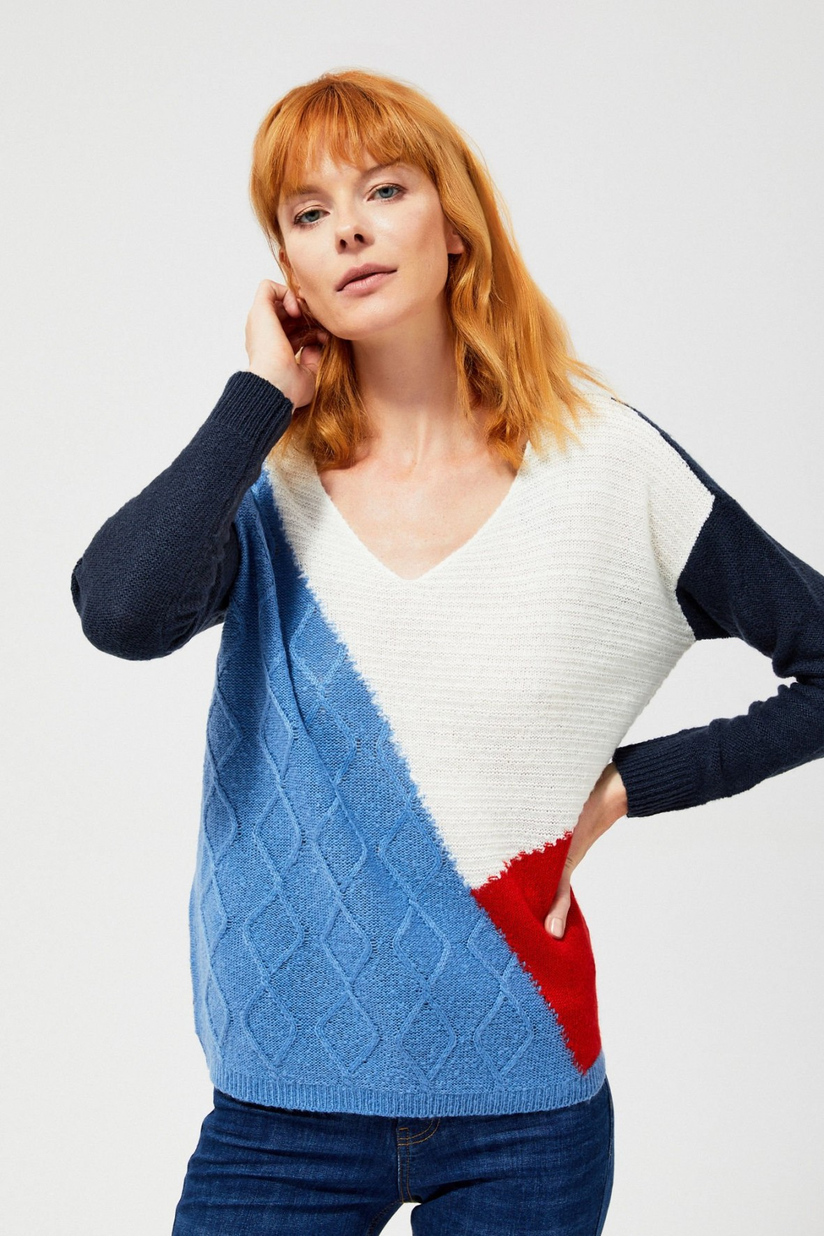 Kolorowy sweter - luźny fason