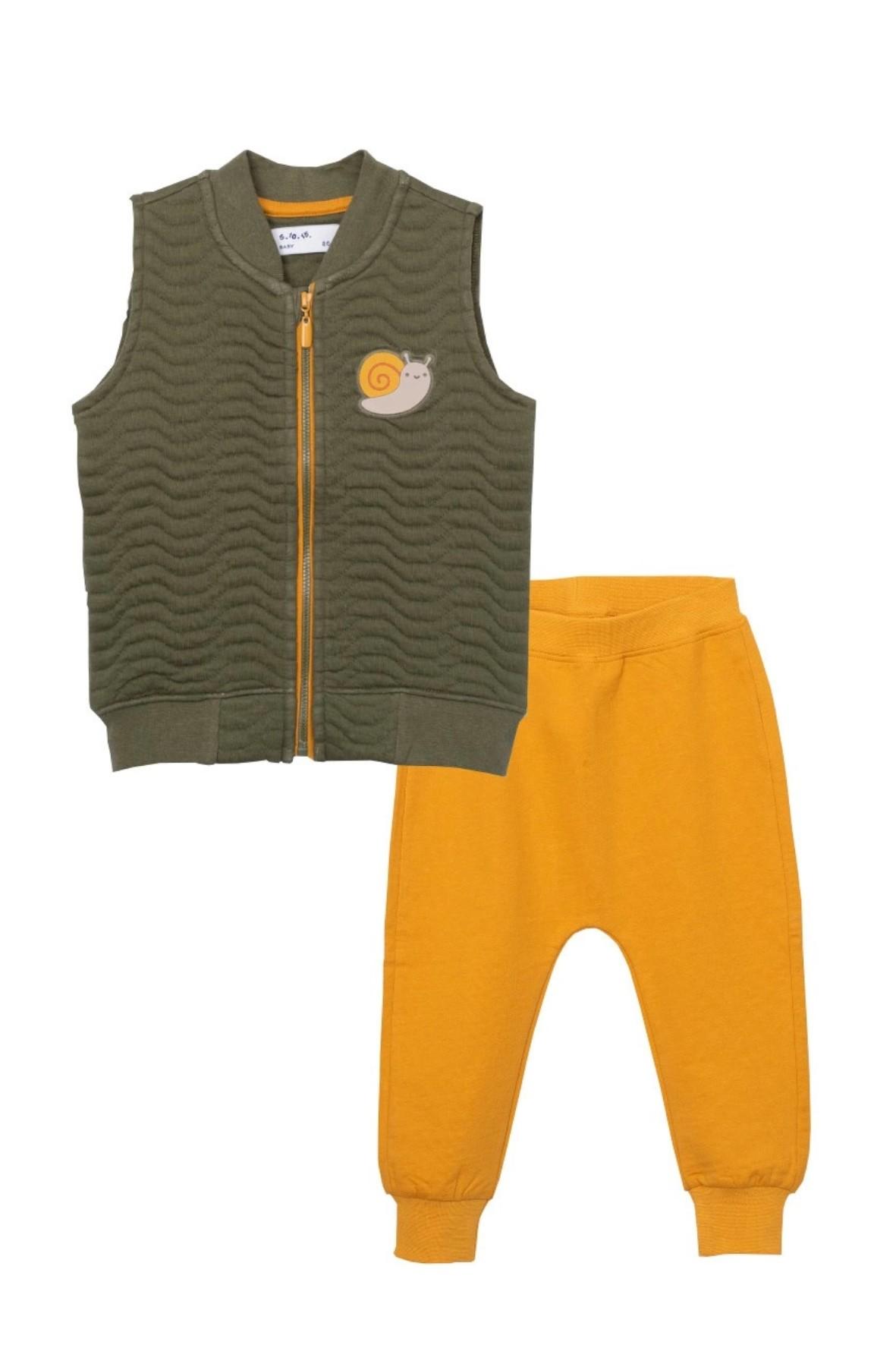 Komplet niemowlęcy - bezrękawnik ze ślimakiem i żółte spodnie dresowe