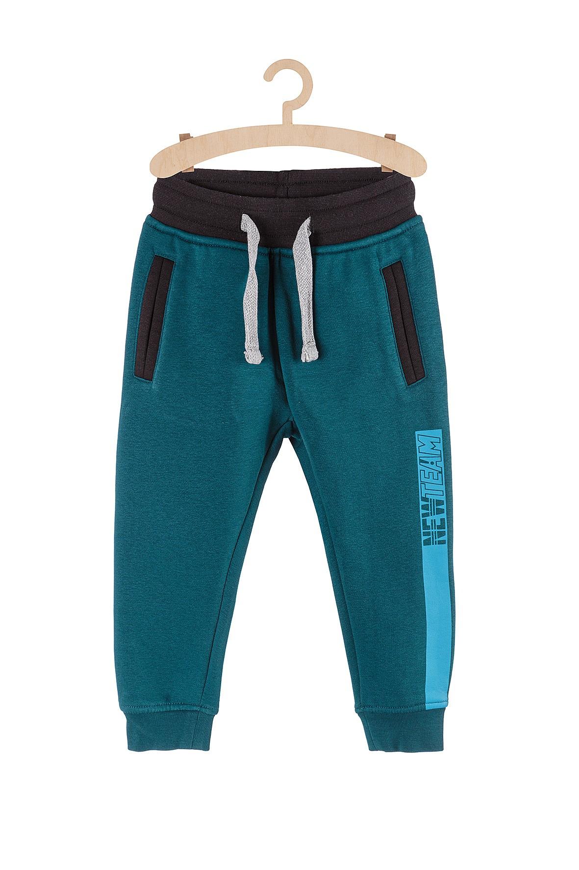 Spodnie chłopięce dresowe dla chłopca