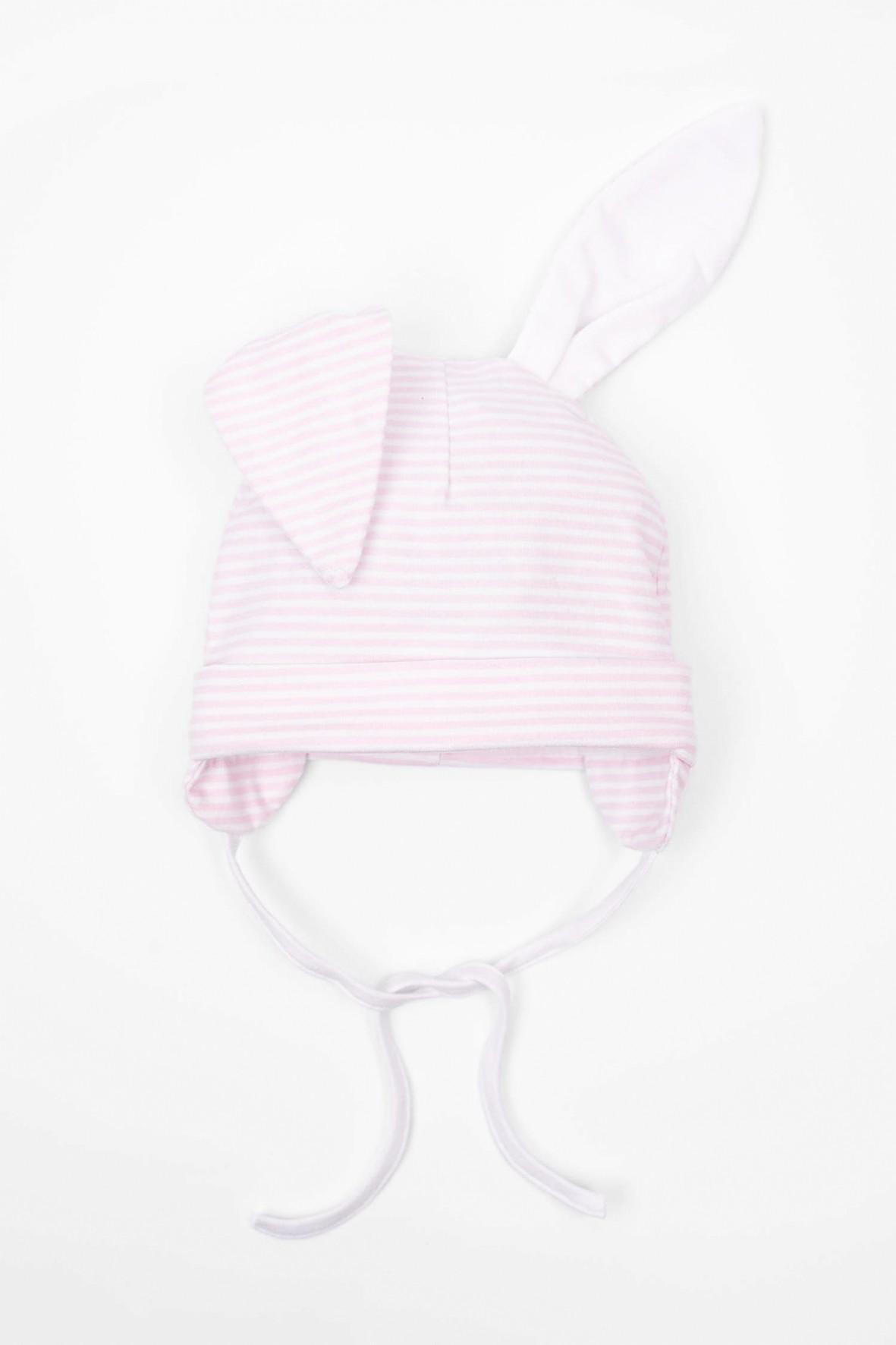 Różowa wiązana pod szyją czapka dla niemowlaka
