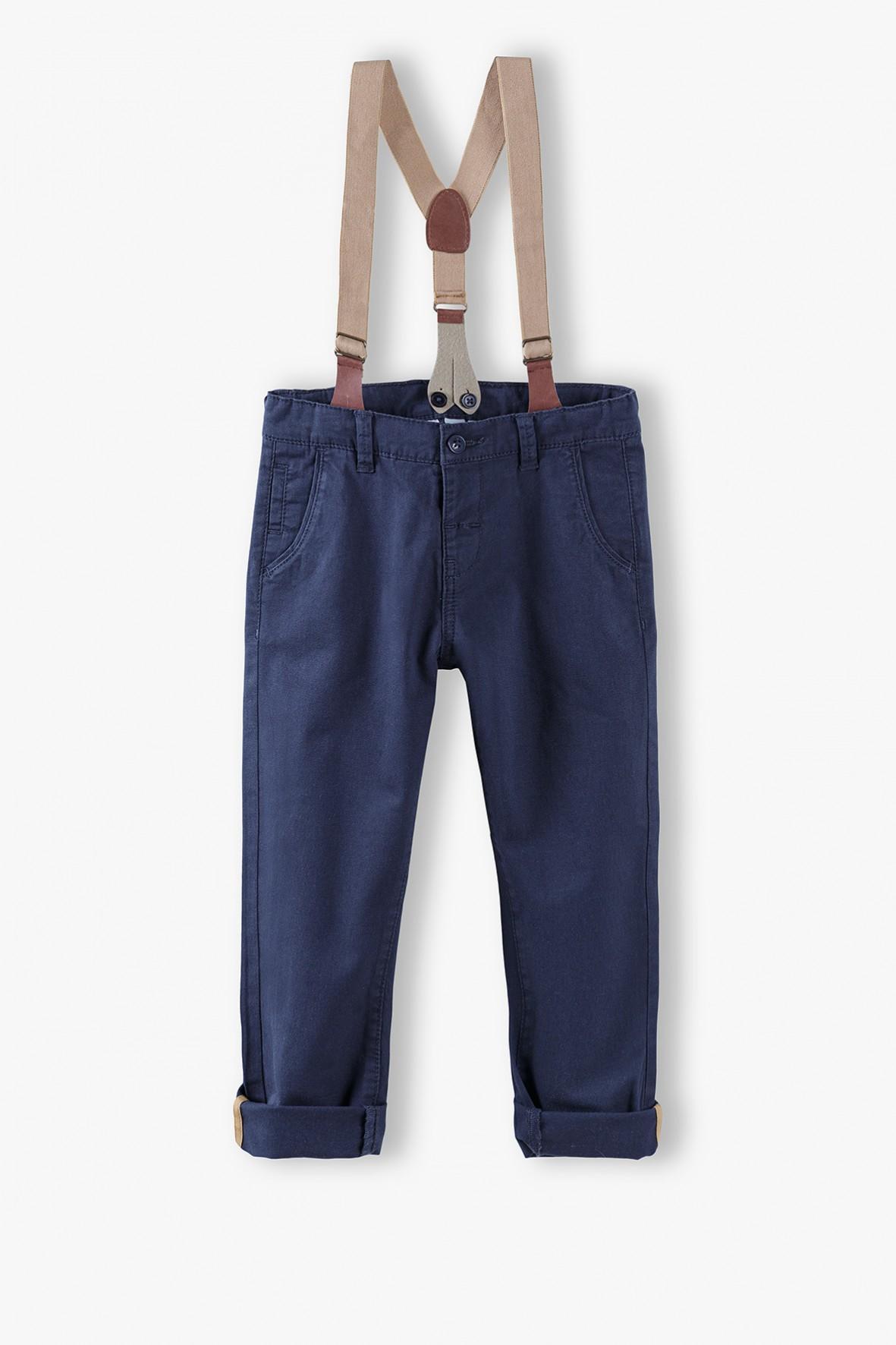Spodnie chłopięce granatowe z odpinanymi szelkami