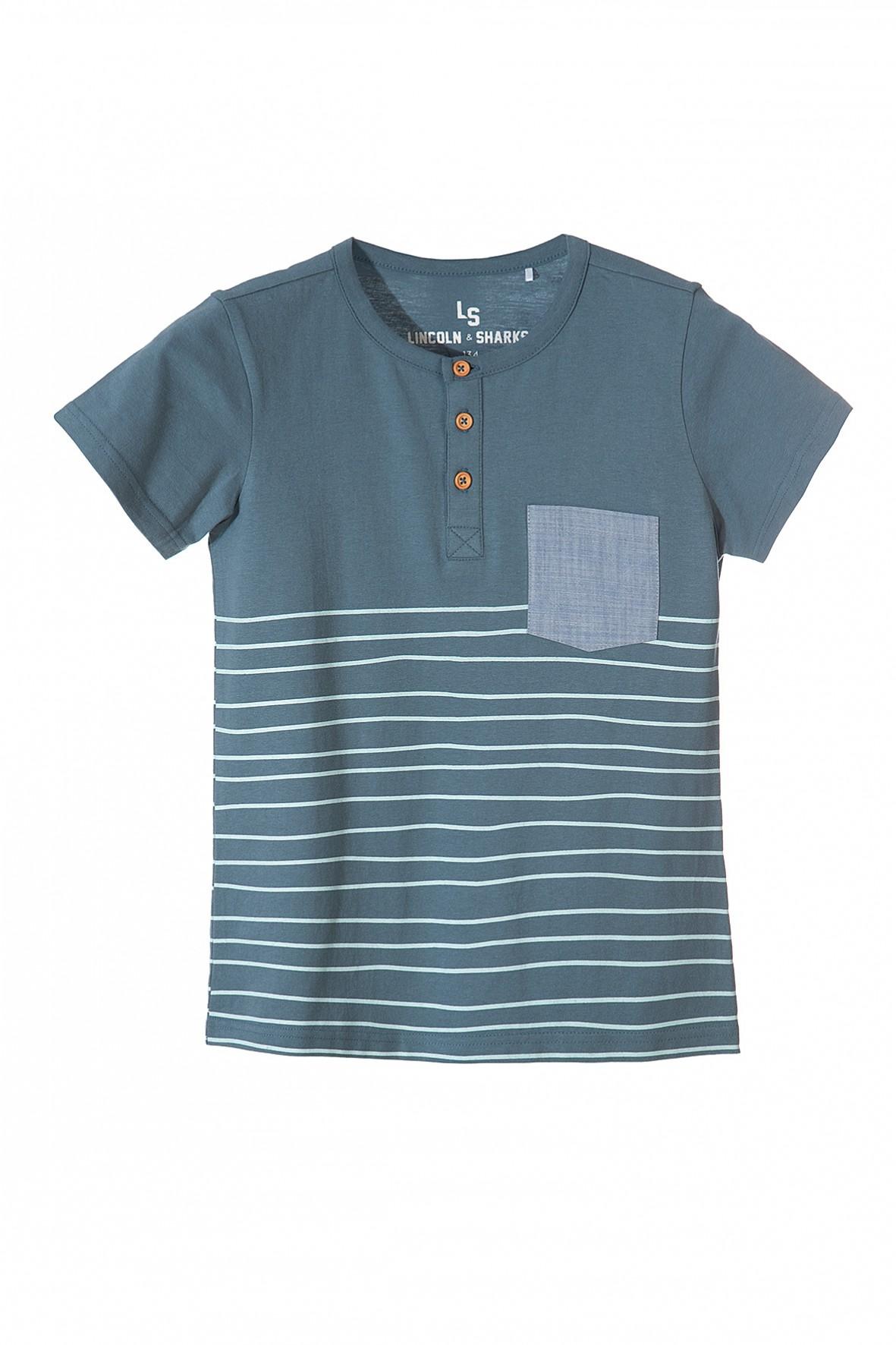 Koszulka chłopięca z kieszenią i ozdobnymi guzikami pod szyją