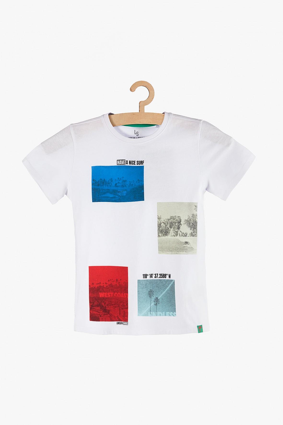 T-shirt chłopięcy biały z kolorowymi nadrukami